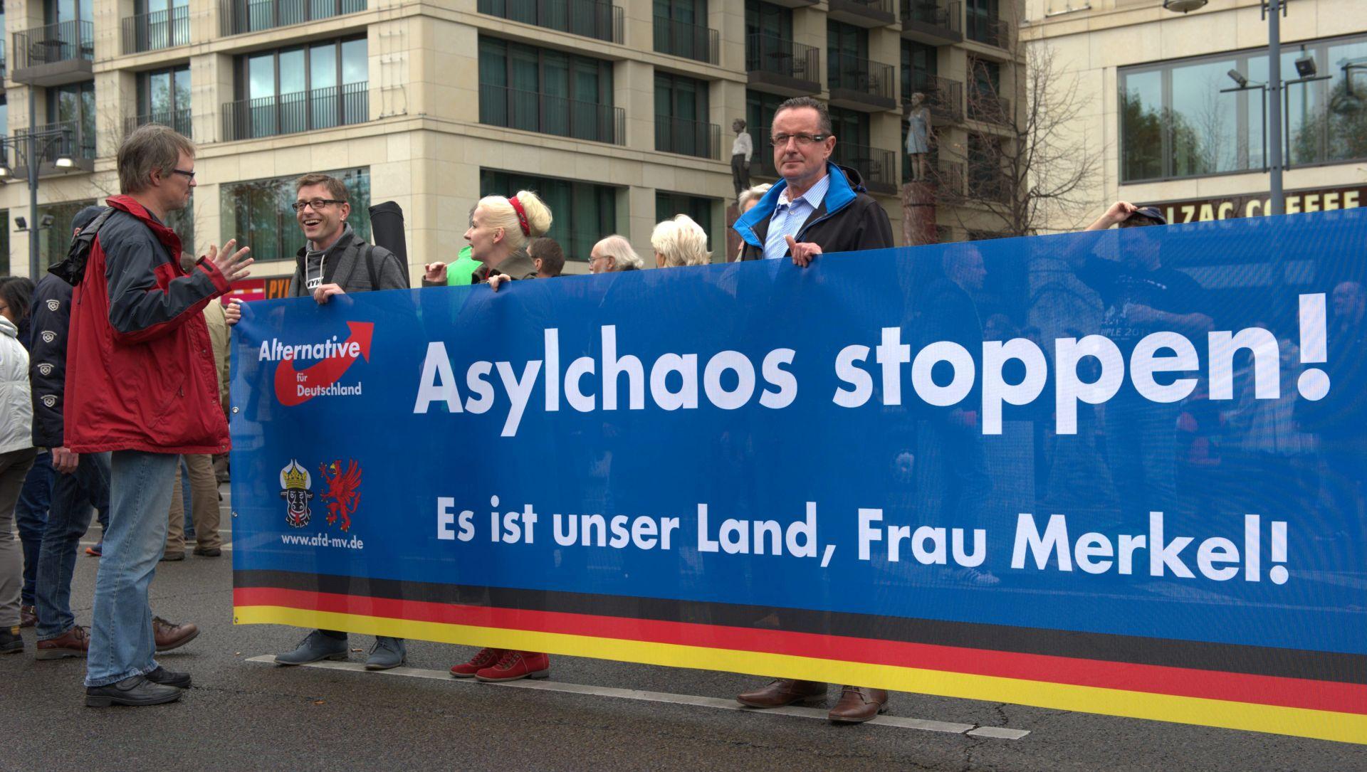 Na protuimigrantskom prosvjedu u Berlinu 5000 ljudi