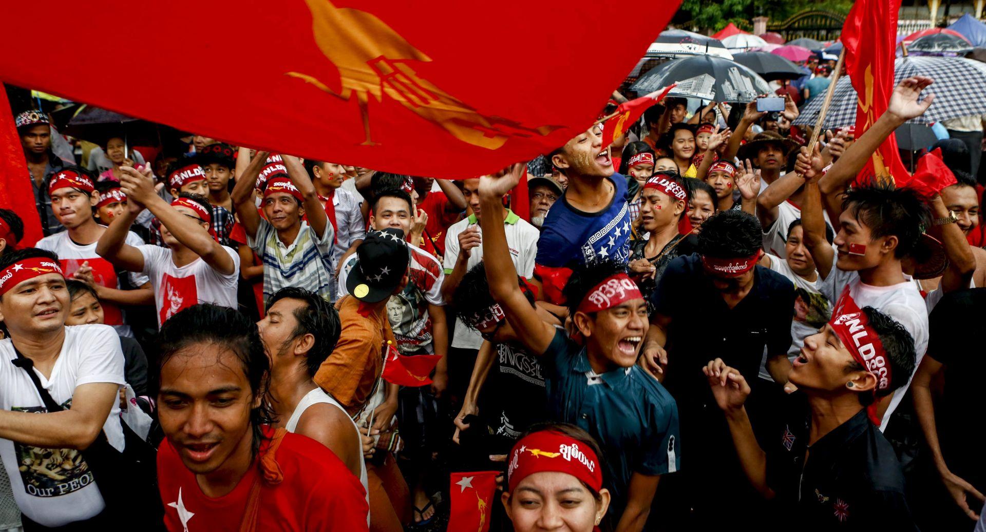 Mianmarski izbori jačaju nade u ukidanje sankcija, ako vojska prihvati izborni rezultat