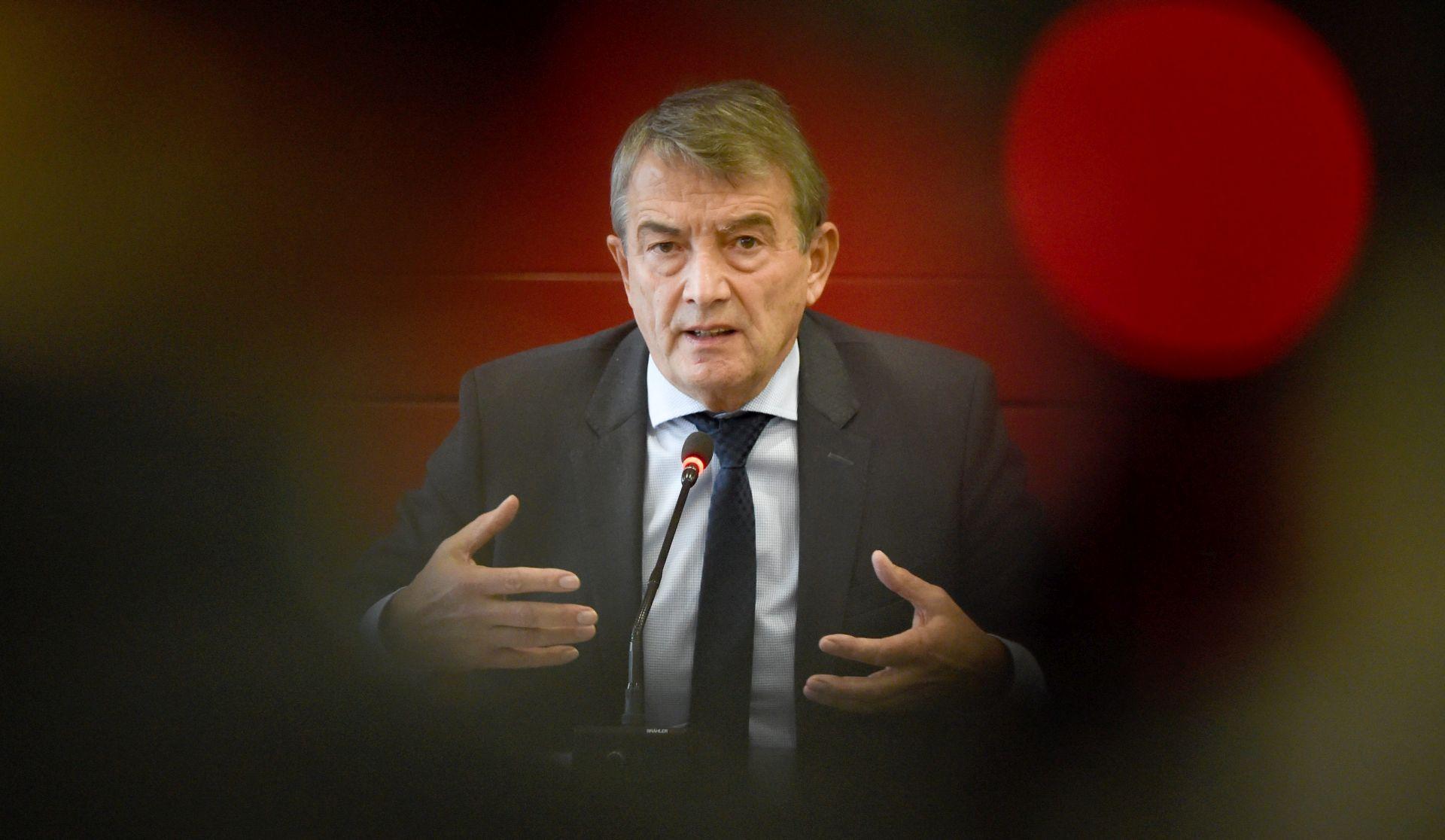 ISTRAGA ZBOG KORUPCIJE Predsjednik Njemačkog nogometnog saveza podnio ostavku