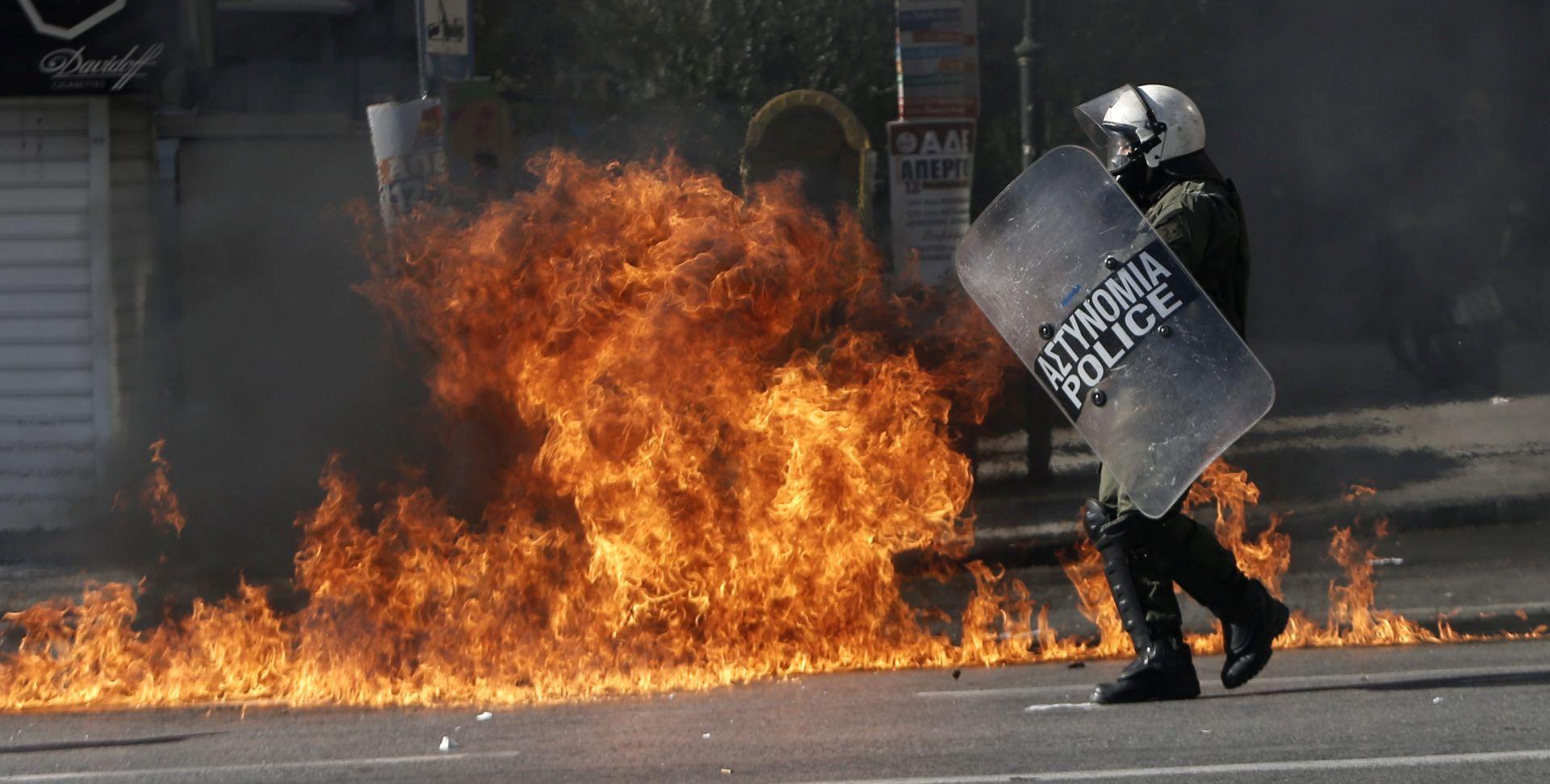 BEZ OZLIJEĐENIH U centru Atene noćas eskplodirala bomba