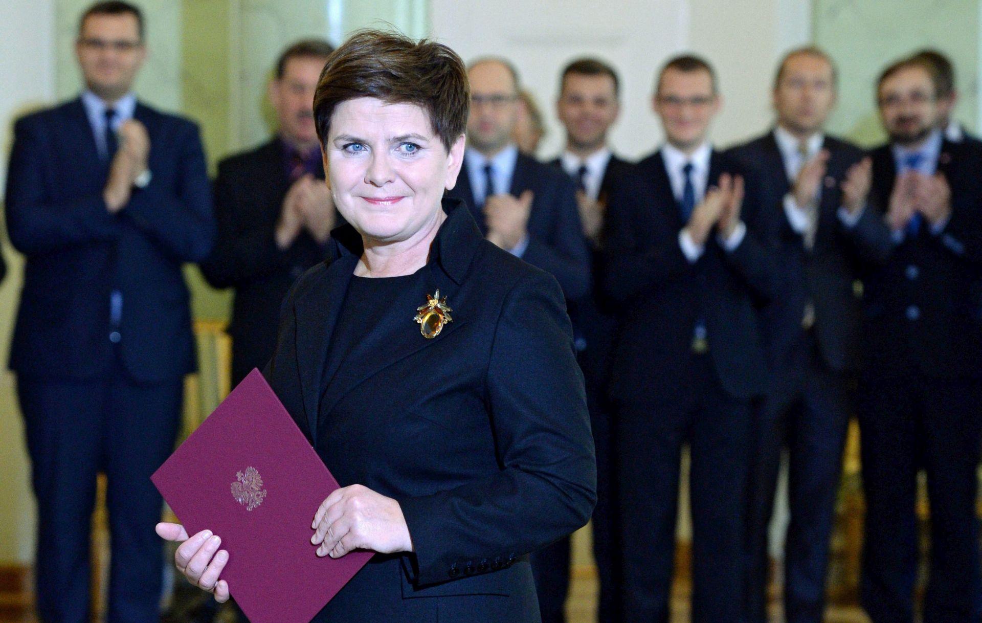 Poljski predsjednik premijerkom službeno imenovao Beatu Szydlo