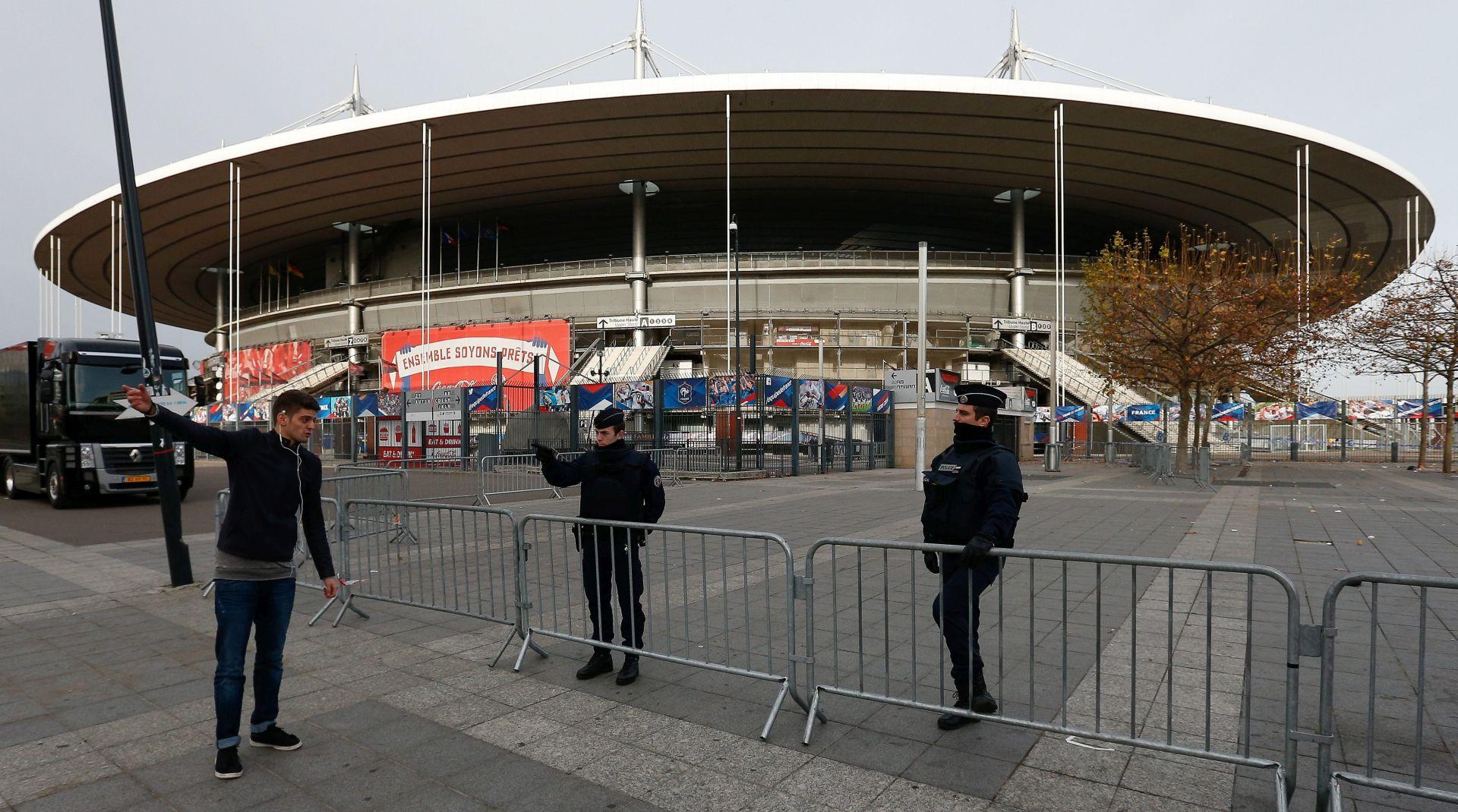 BOMBAŠ SAMOUBOJICA ŽELIO NA STADION Sa kartom i eksplozivao pokušao ući na Stade de France