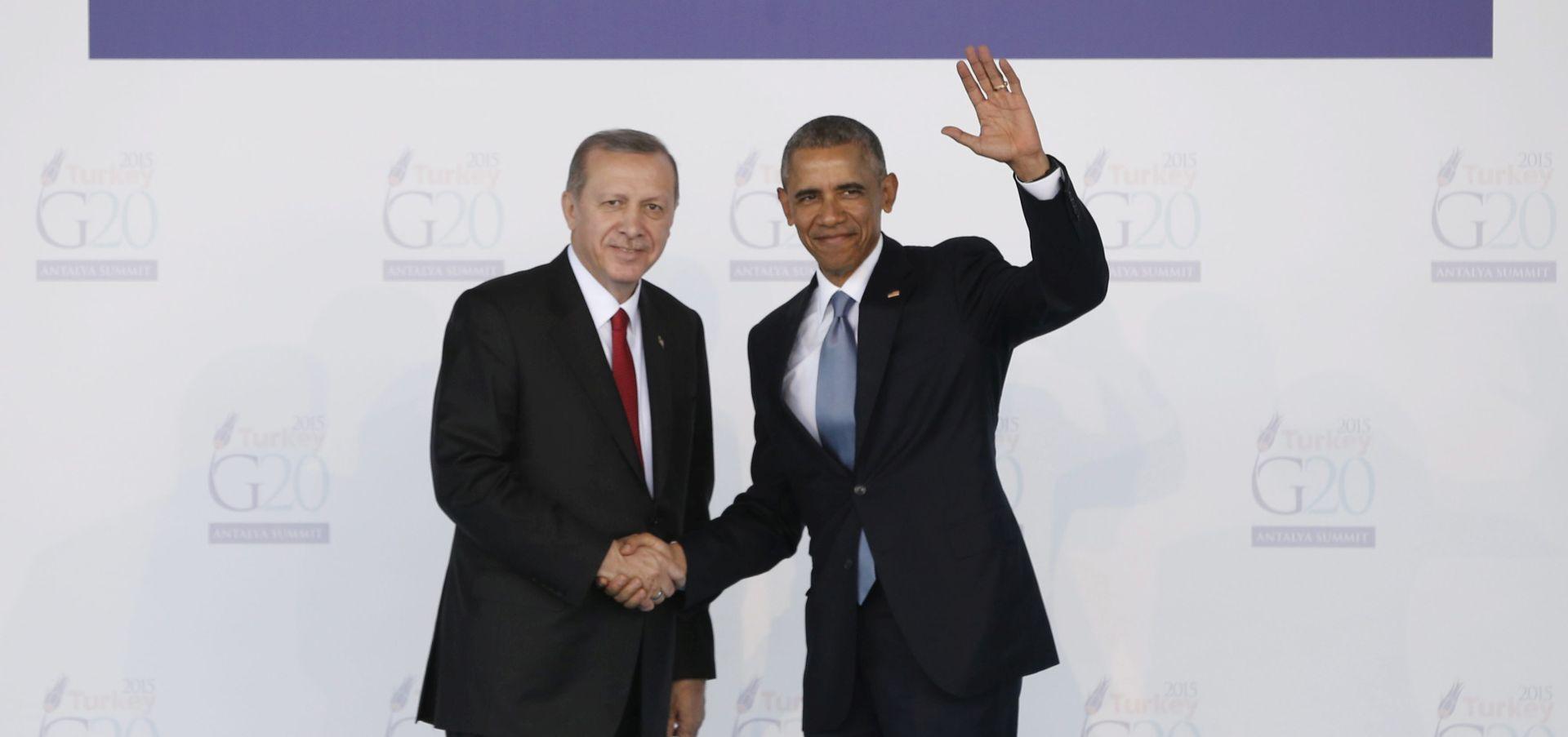 Obama: Porazit ćemo Islamsku državu, nebo je zacrnjeno prije dan i pol u Parizu