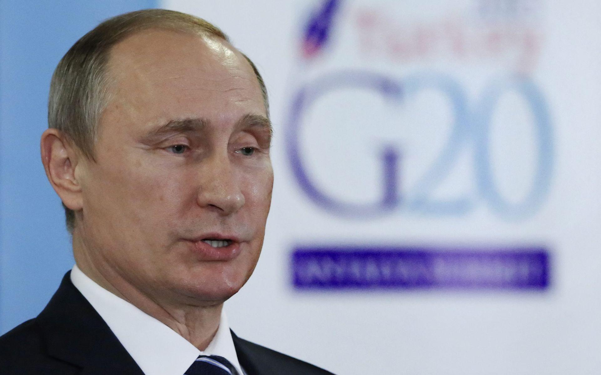 Putin: Rusija spremna poduprijeti sirijsku oporbu protiv IS-a