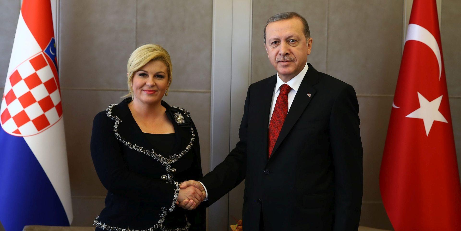 Grabar-Kitarović održala radni sastanak s Erdoganom