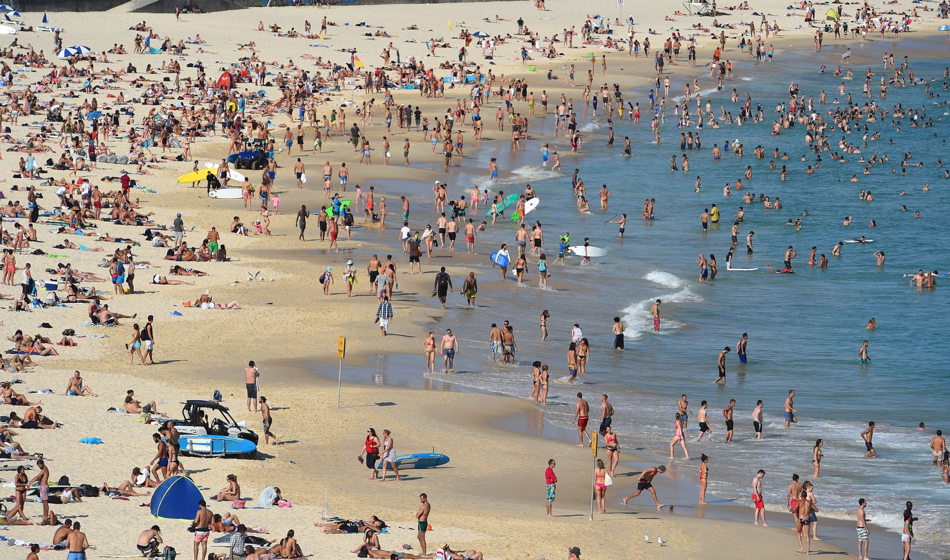 TEMPERATURE PREMAŠILE 40 STUPNJEVA Paklene vrućine u Sydneyu