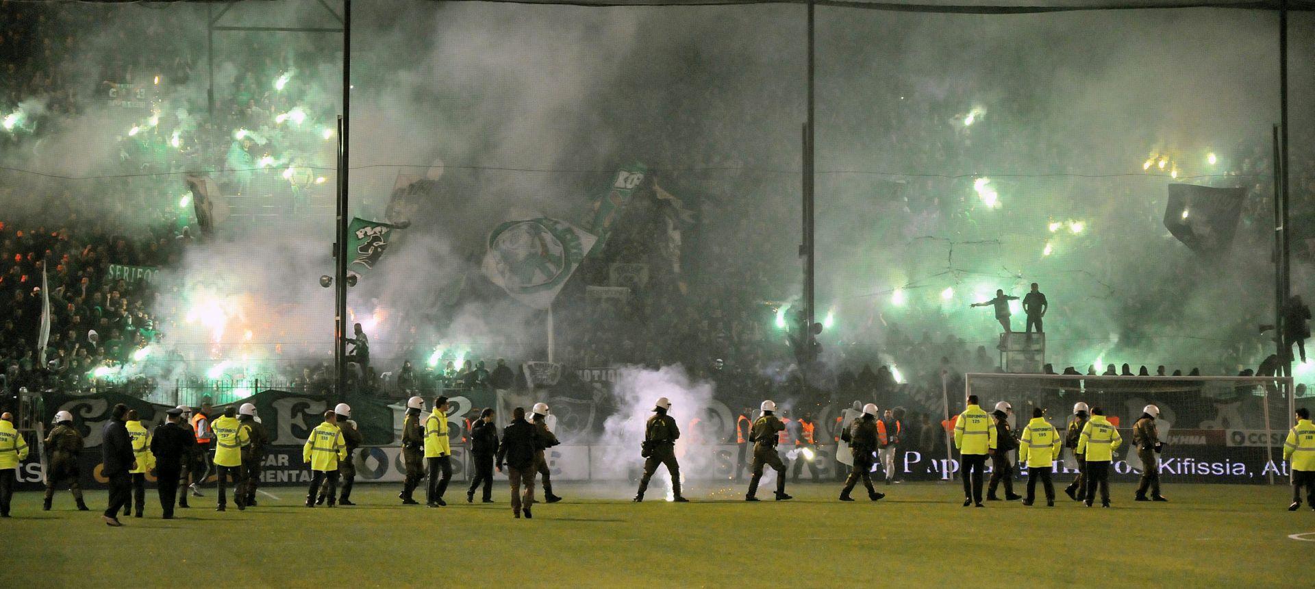 DOJAVA O BOMBI Evakuirana zgrada Grčkog nogometnog saveza
