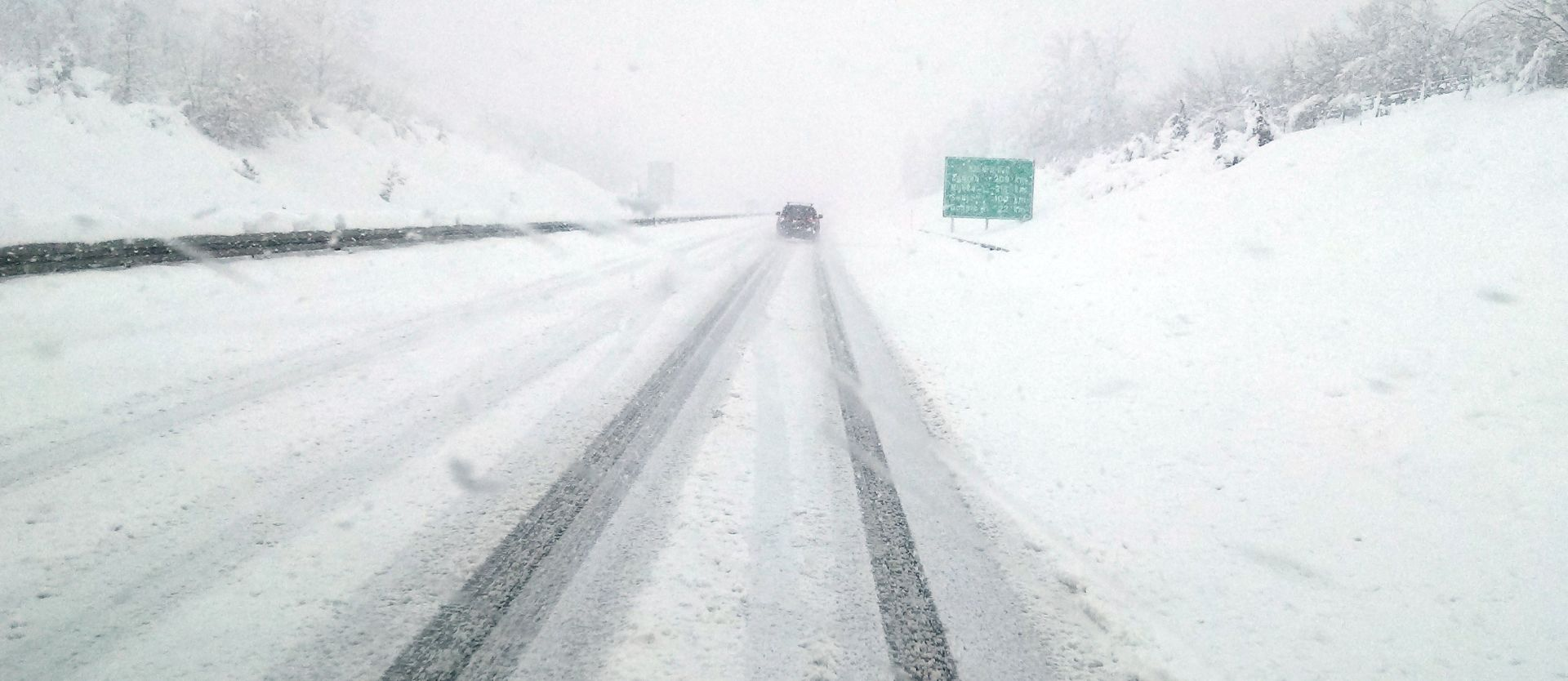 Lika pod snijegom, Gospić ostao bez struje