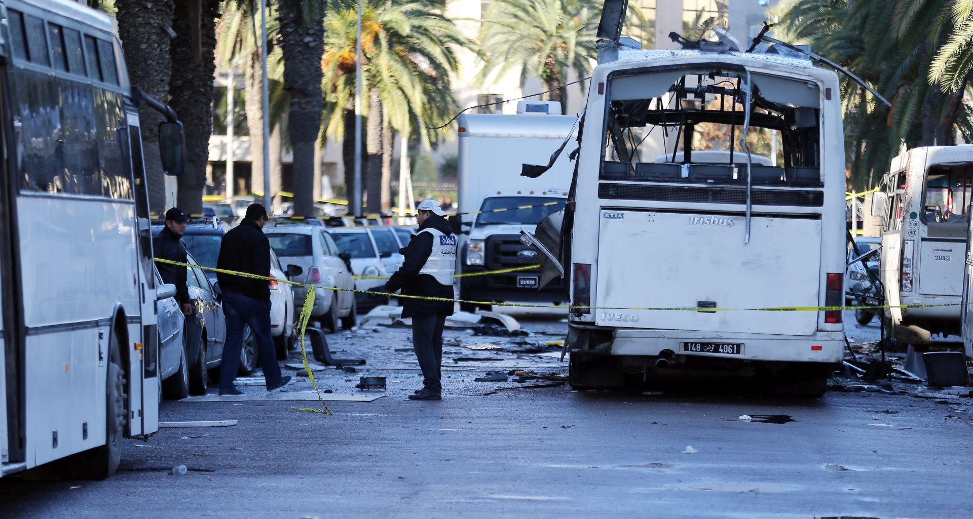 NAPADAČ VJEROJATNO MEĐU STRADALIMA Islamska država preuzela odgovornost za napad u Tunisu