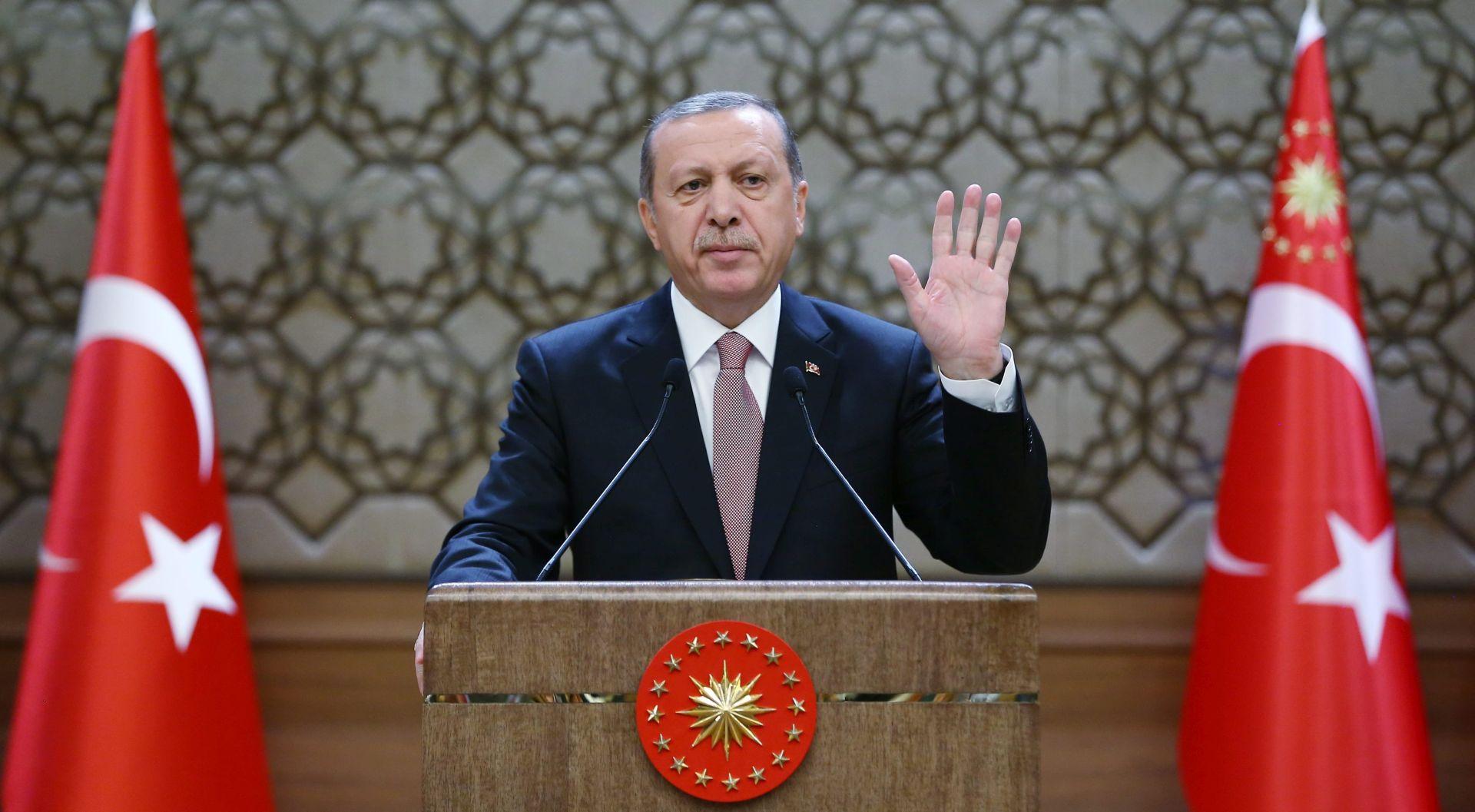 """BEZ POMIRENJA: Erdogan neće odgovoriti na """"emocionalne"""" reakcije Moskve"""
