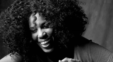 VIDEO: Macy Gray uživa u nastupima uz prateći band