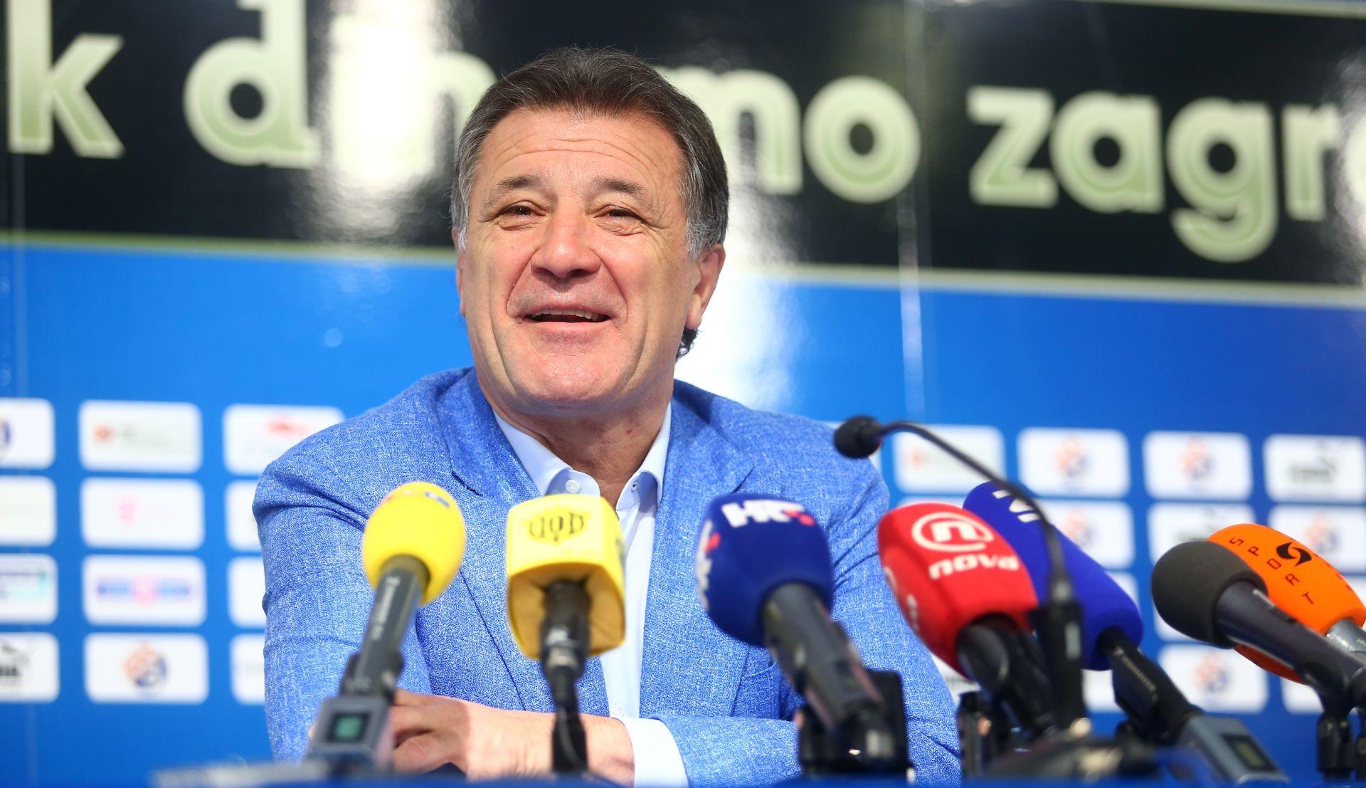 PRESSICA ZDRAVKA MAMIĆA Ćorić je budućnost Dinama, u preostalu 21 utakmicu predviđam 19 ili 20 pobjeda