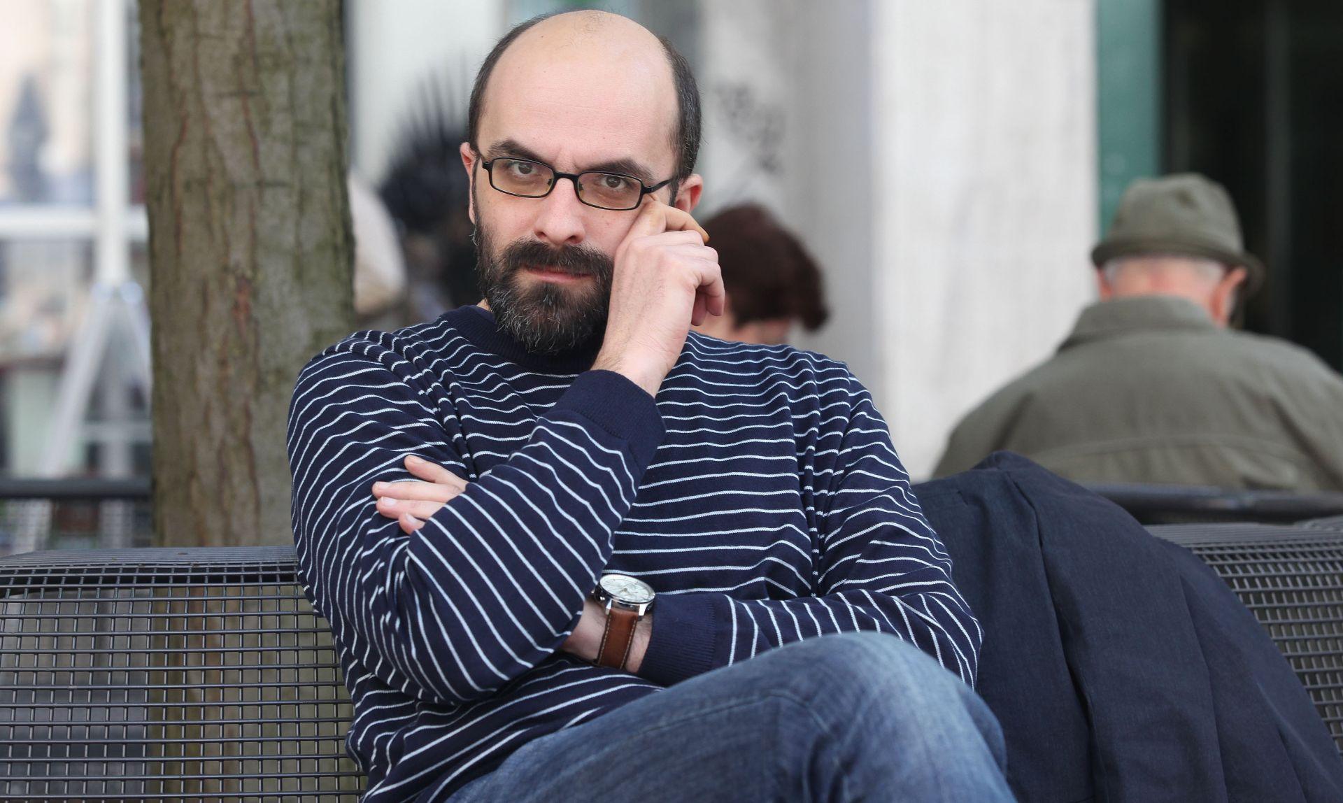 """Ivici Đikiću nagrada """"Kočićevo pero"""" za roman """"Ponavljanje"""""""