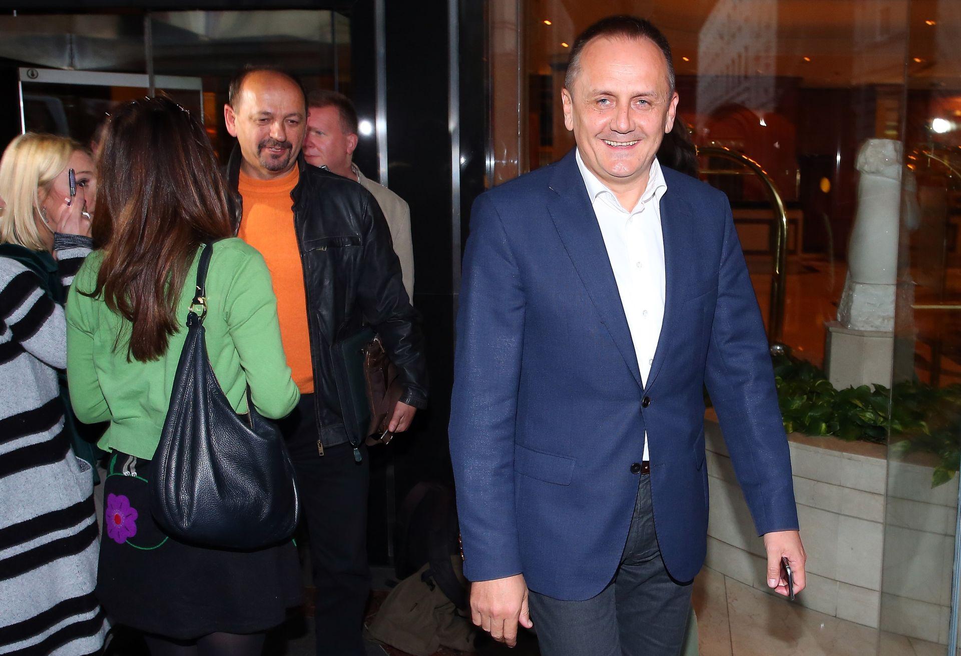 MOST SMIJENIO GLASNOGOVORNICU Prgomet do daljnjeg ne daje izjave, već se sastao s Milanovićem