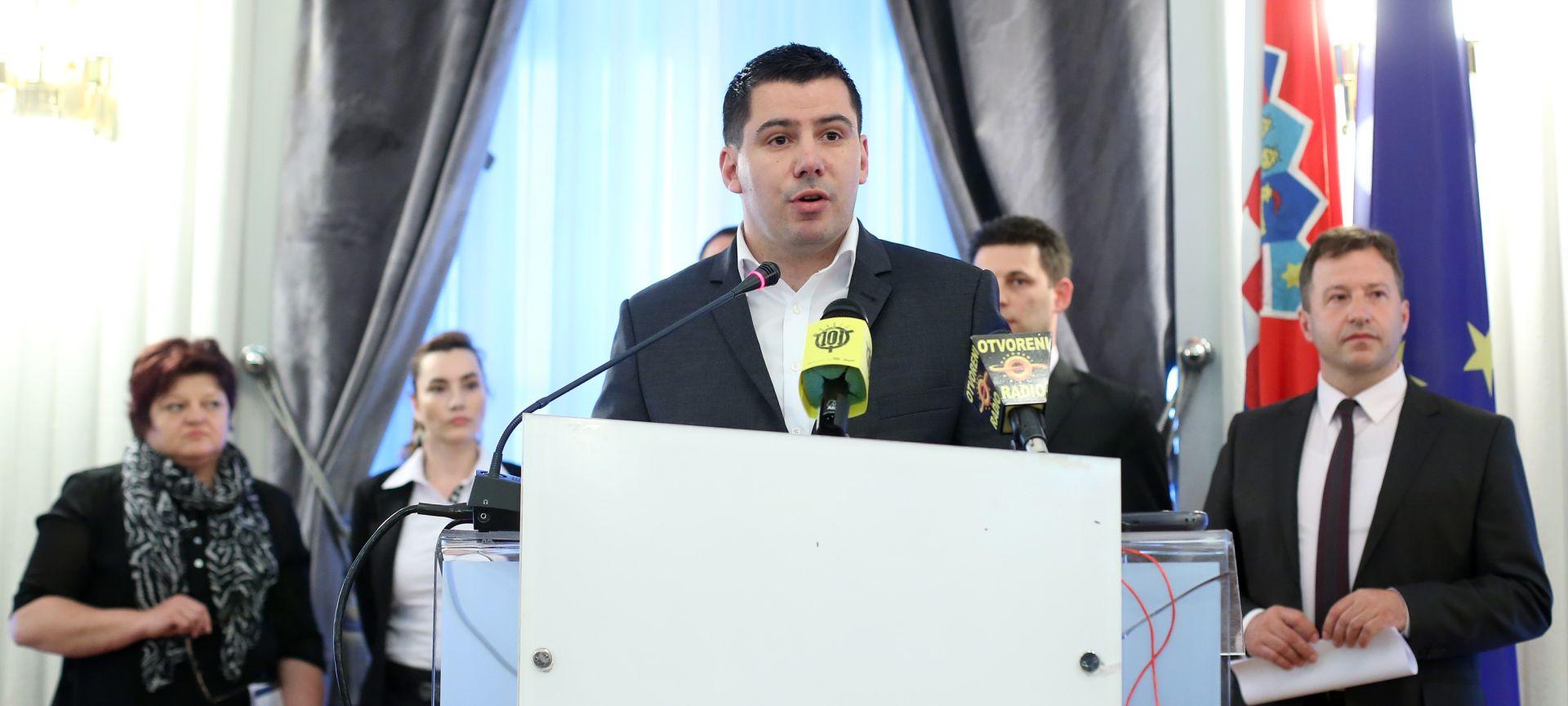 Grmoja: Most odustao od klauzure na Plitvicama, pregovori bi trebali završiti do srijede