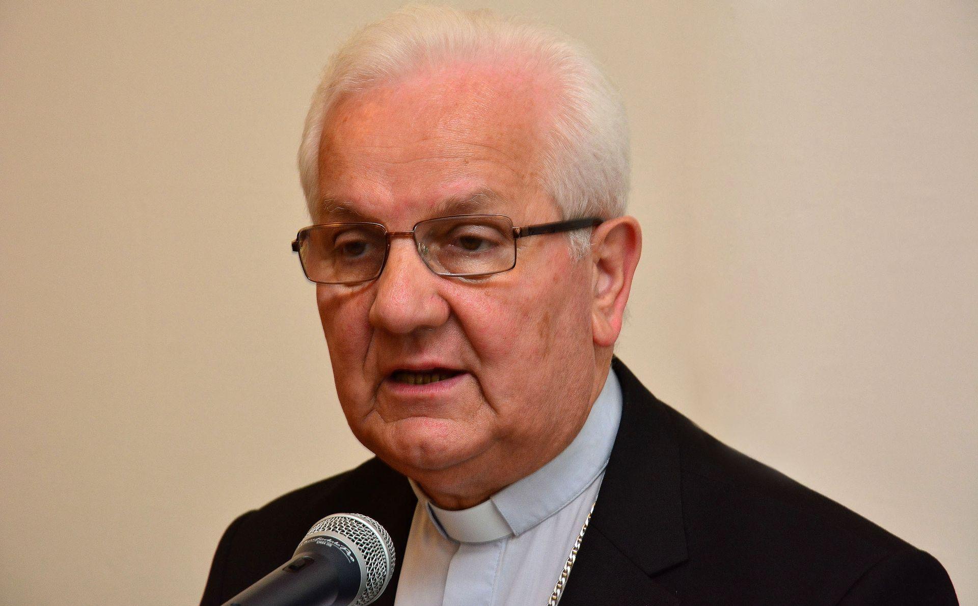 BISKUP KOMARICA Manje Hrvata katolika u RS-u 2015. nego nakon progona 1995.