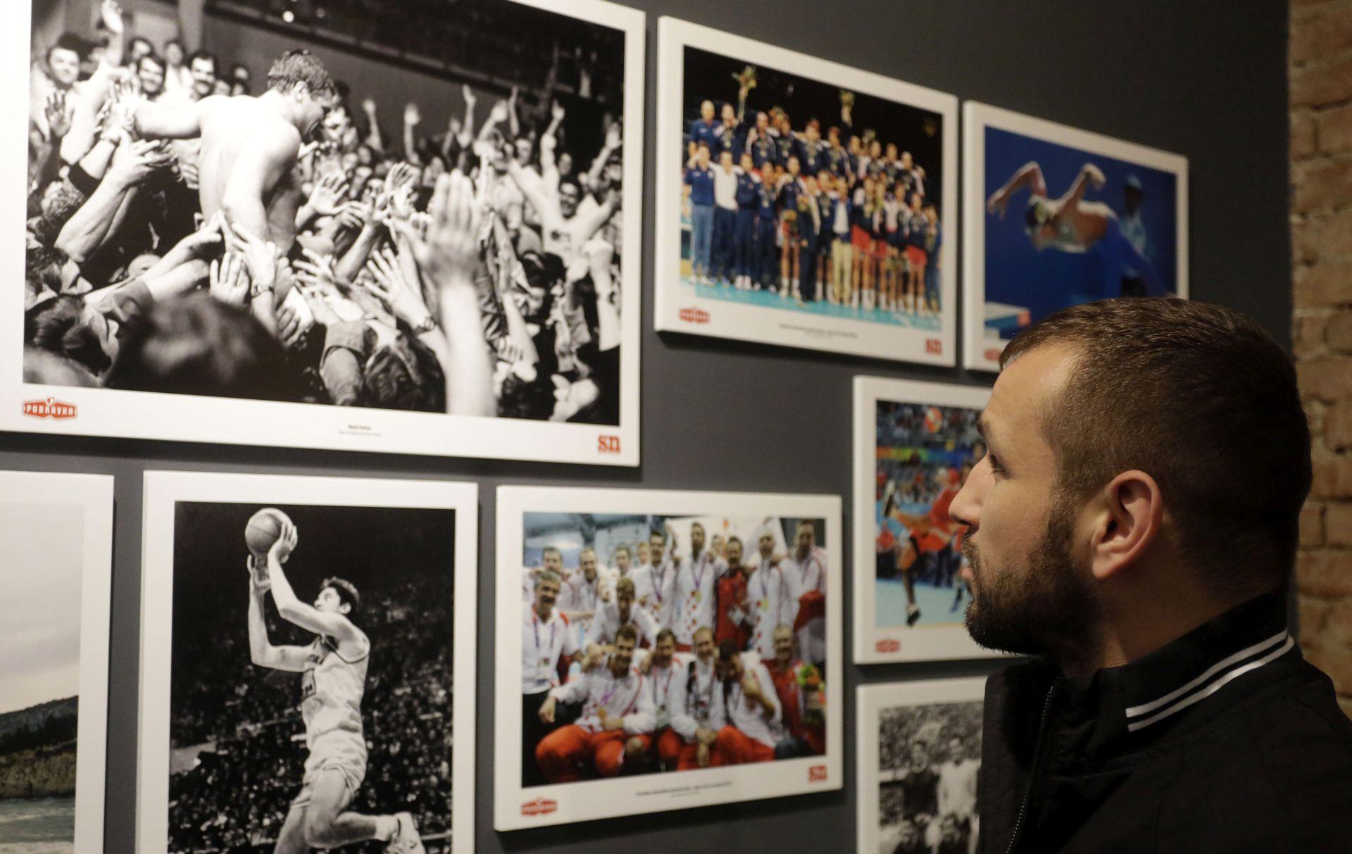 IZLOŽBA: 70 godina Sportskih novosti kroz 35 fotografija