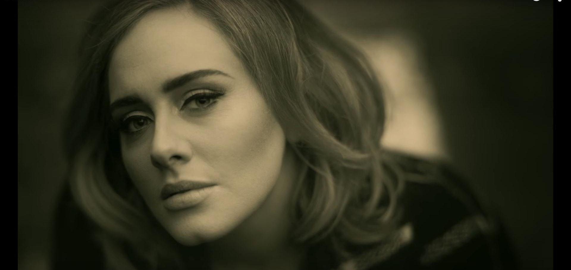 VIDEO: Adele otpjevala pjesmu u sijećanje na žrtve napada u Bruxellesu