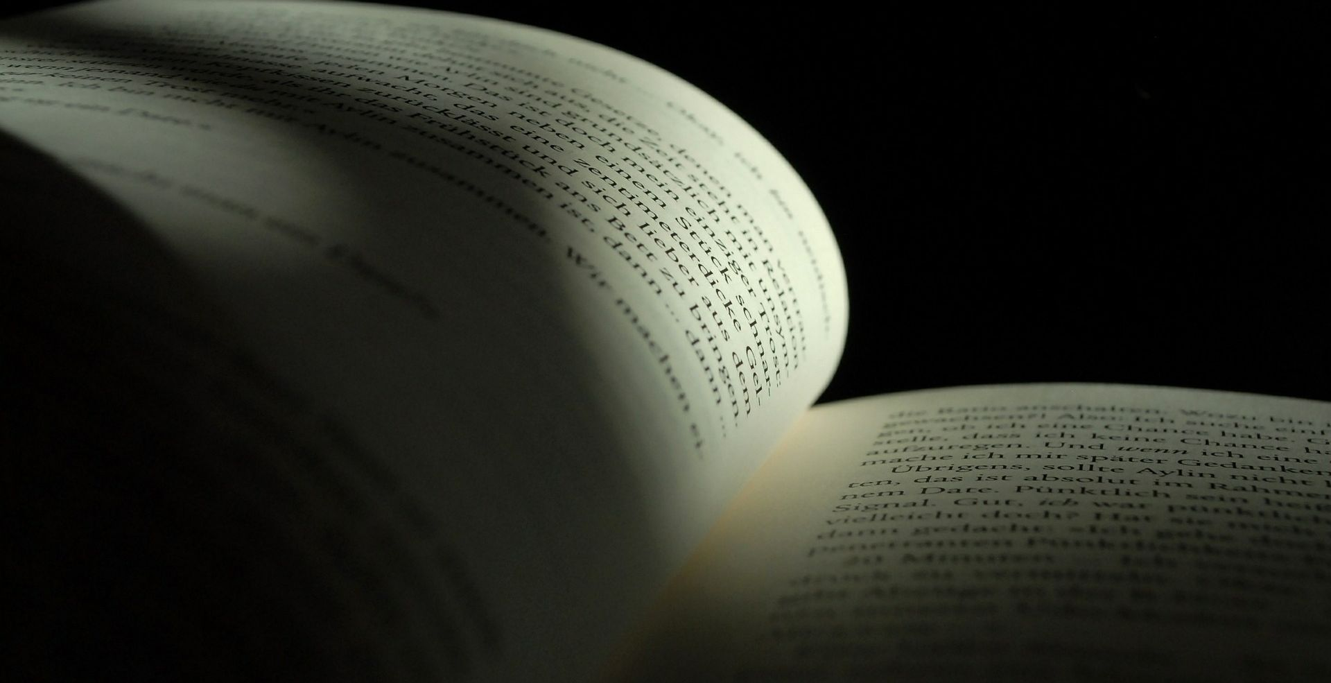 "Predstavljena knjiga bugarske veleposlanice Tanye D. Dimitrove ""Krštenje kod pravoslavnih Bugara"""