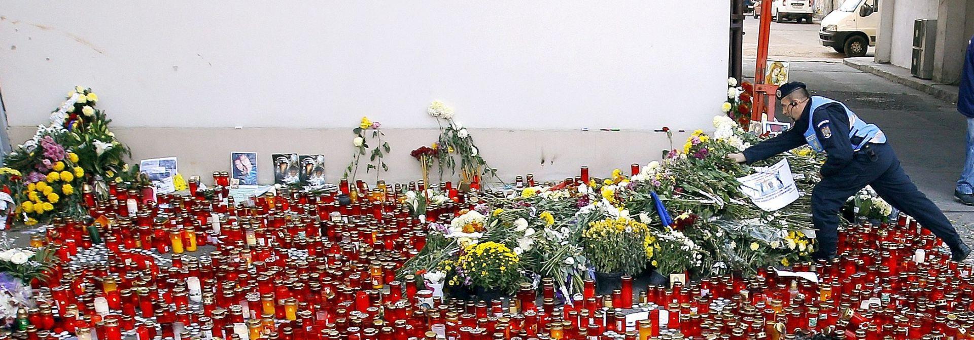 POŽAR U BUKUREŠTU: Tisuće ljudi odaju počast žrtvama