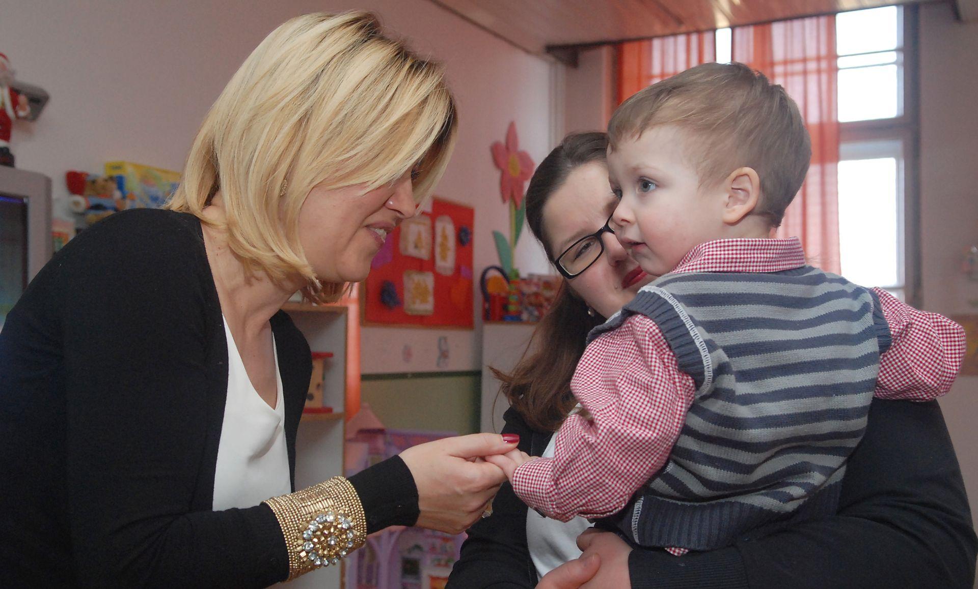 SVJETSKI DAN POSVOJENJA: U Hrvatskoj se godišnje posvoji stotinjak djece
