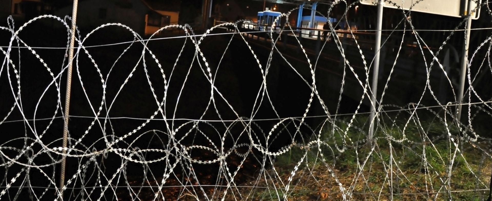 Cerar najavio zaoštravanje granične kontrole prema Hrvatskoj u slučaju migrantskog vala