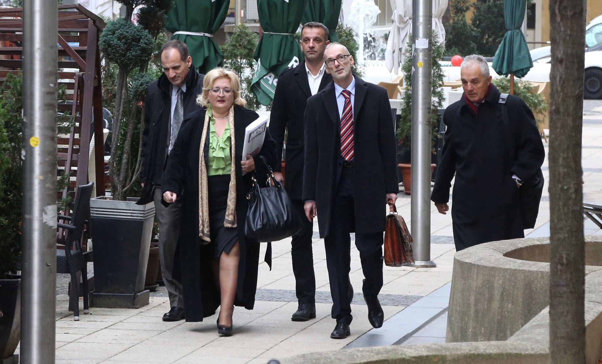 ZAVRŠIO SASTANAK: Mostovi pregovarači bez izjava nakon sastanka u SDP-u