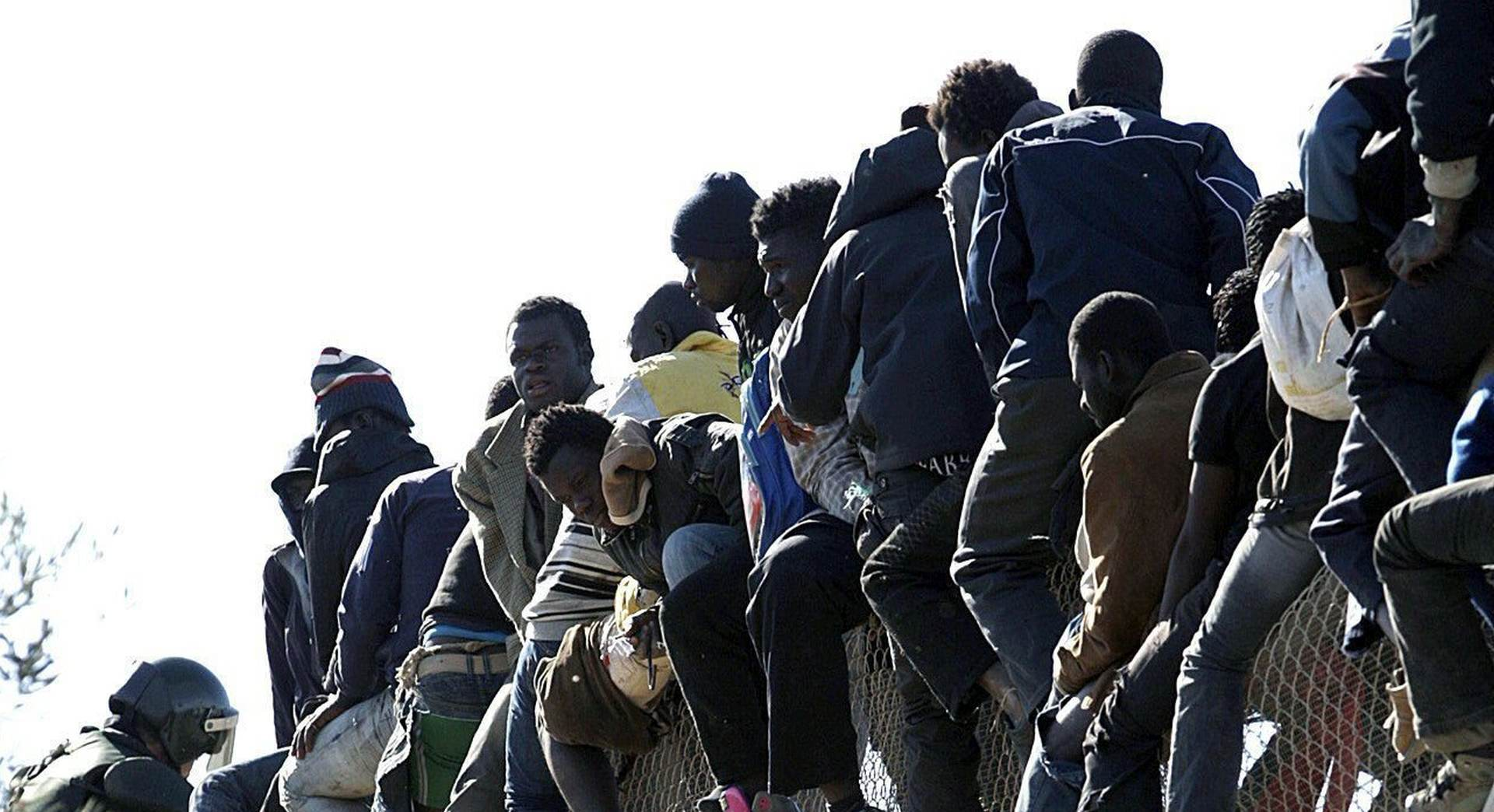 """Inicijativa """"Dobrodošli"""" pozvala policajce da odbiju protjerivati izbjeglice"""