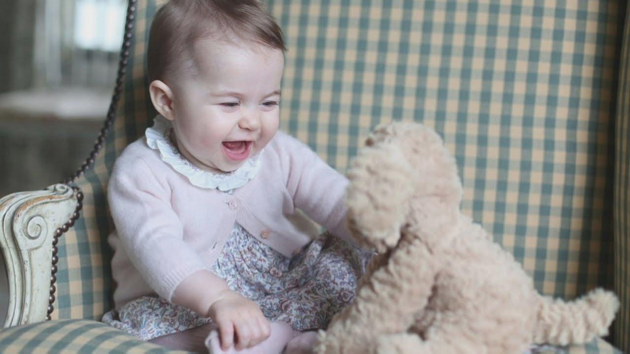 VIDEO: Vojvotkinja od Cambridgea objavila fotografije malene princeze