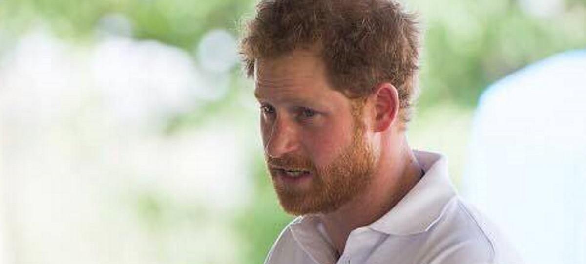 VIDEO: Britanski princ Harry odlikovao južnoafričkog nadbiskupa