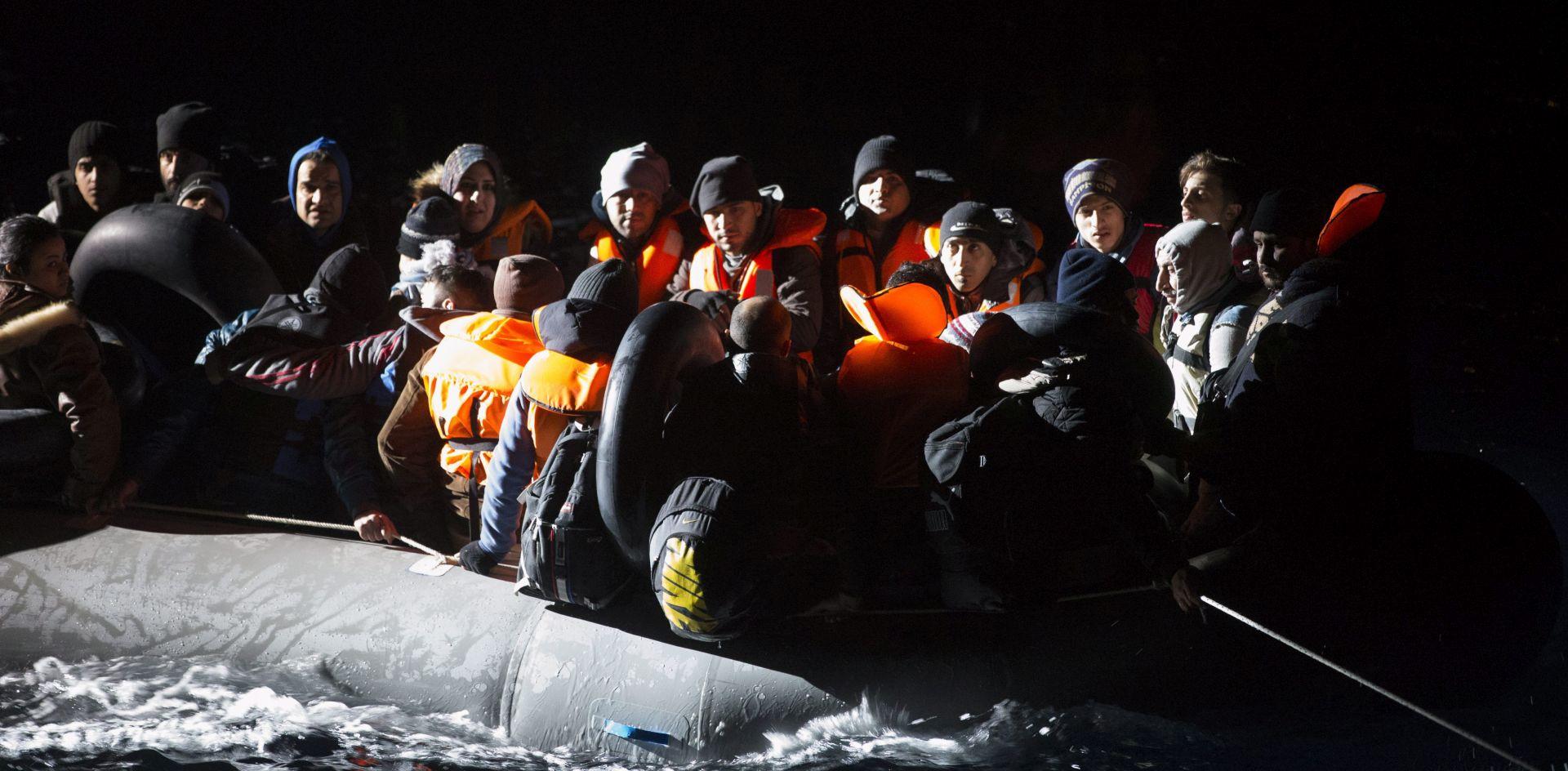 POTONUO ČAMAC NA PUTU PREMA GRČKOJ: Utopilo se 18 izbjeglica, 14 spašeno