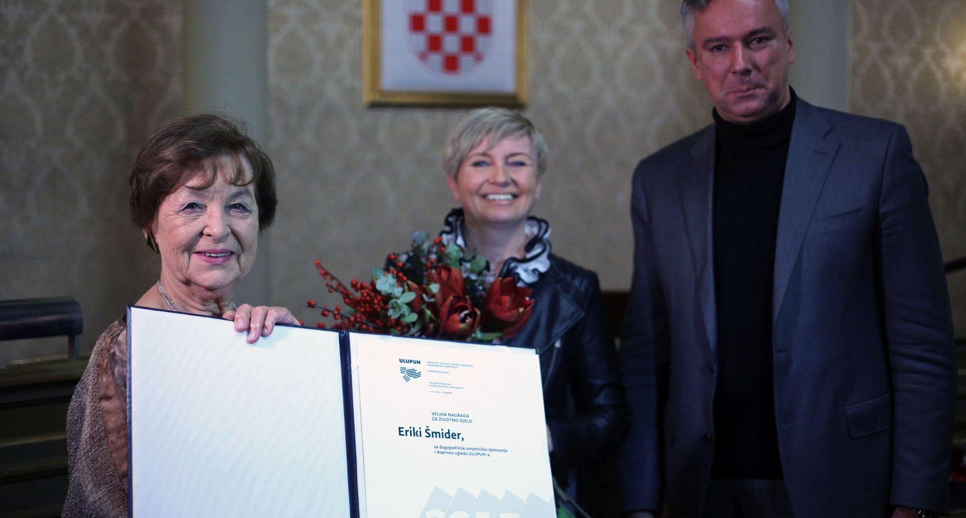 I DALJE AKTIVNO DJELUJE: Erika Šmider primila Nagradu za životno djelo ULUPUH-a