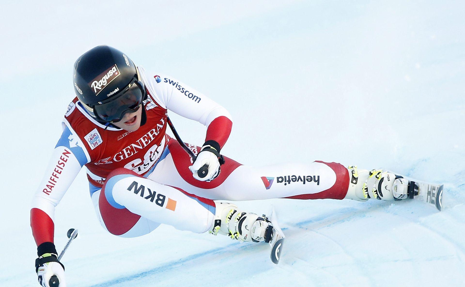 VAL D'ISERE, spust (ž): Pobjeda Švicarke Lare Gut