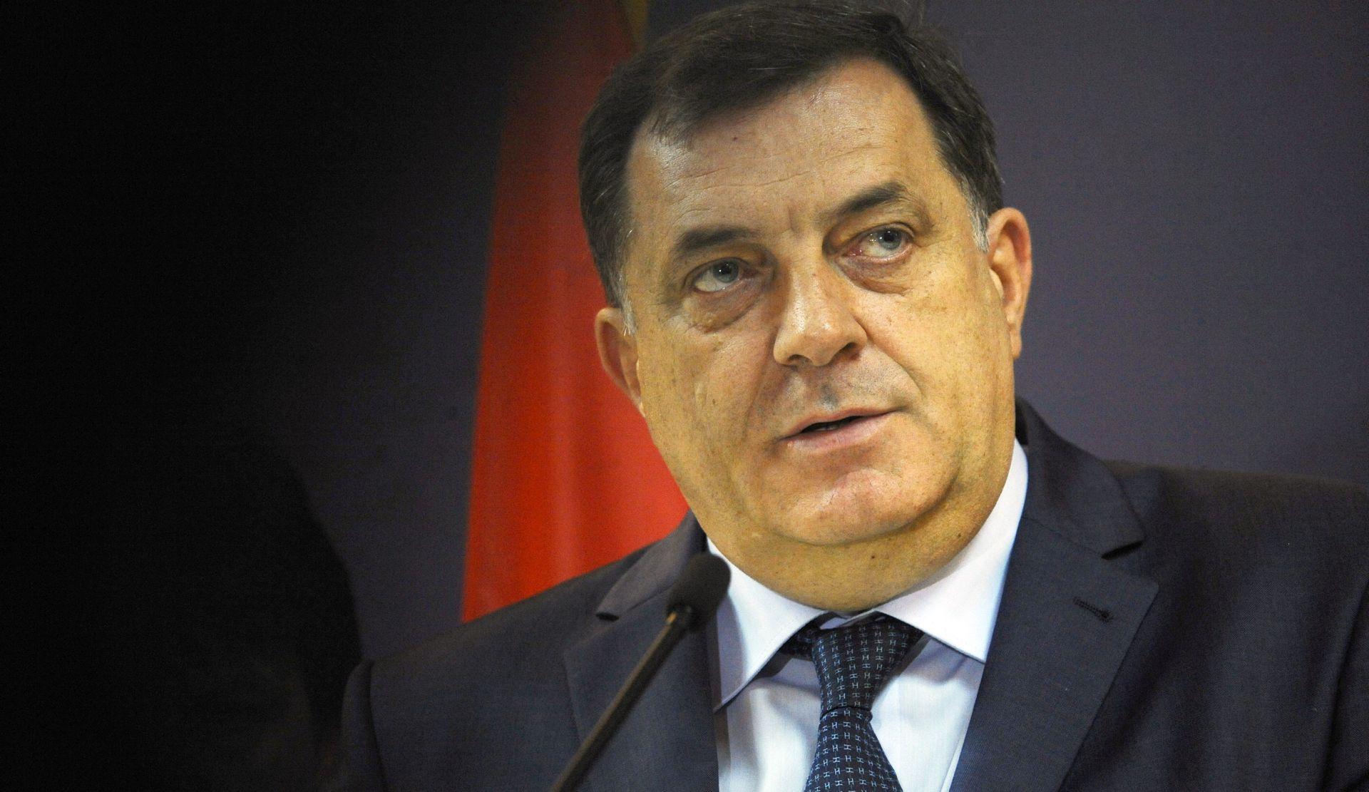 BiH: Zatražen pritvor za Dodikovog bankara, potvrđeno da se istražuje kupnja vile