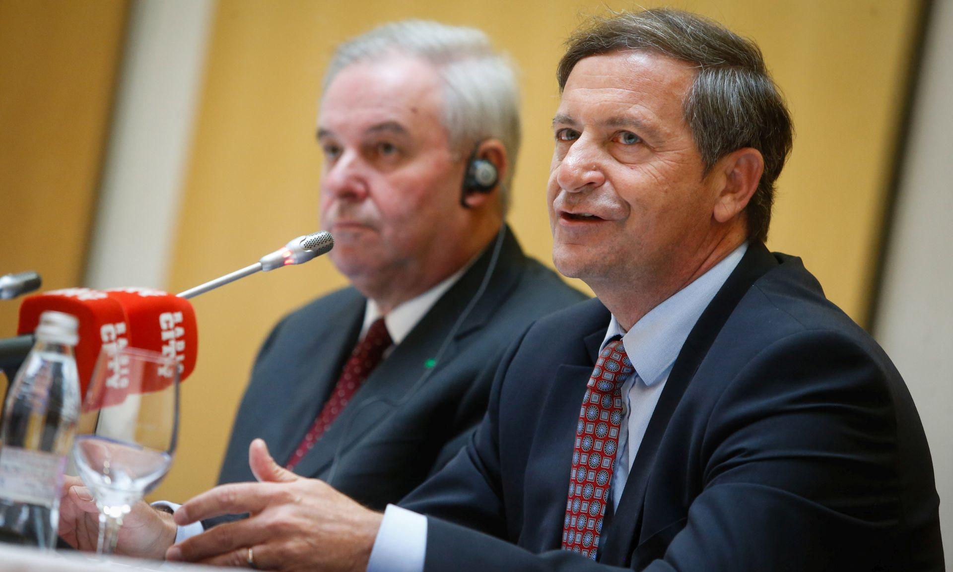 KARL ERJAVEC Slovenija će sazrijeti za istospolne brakove