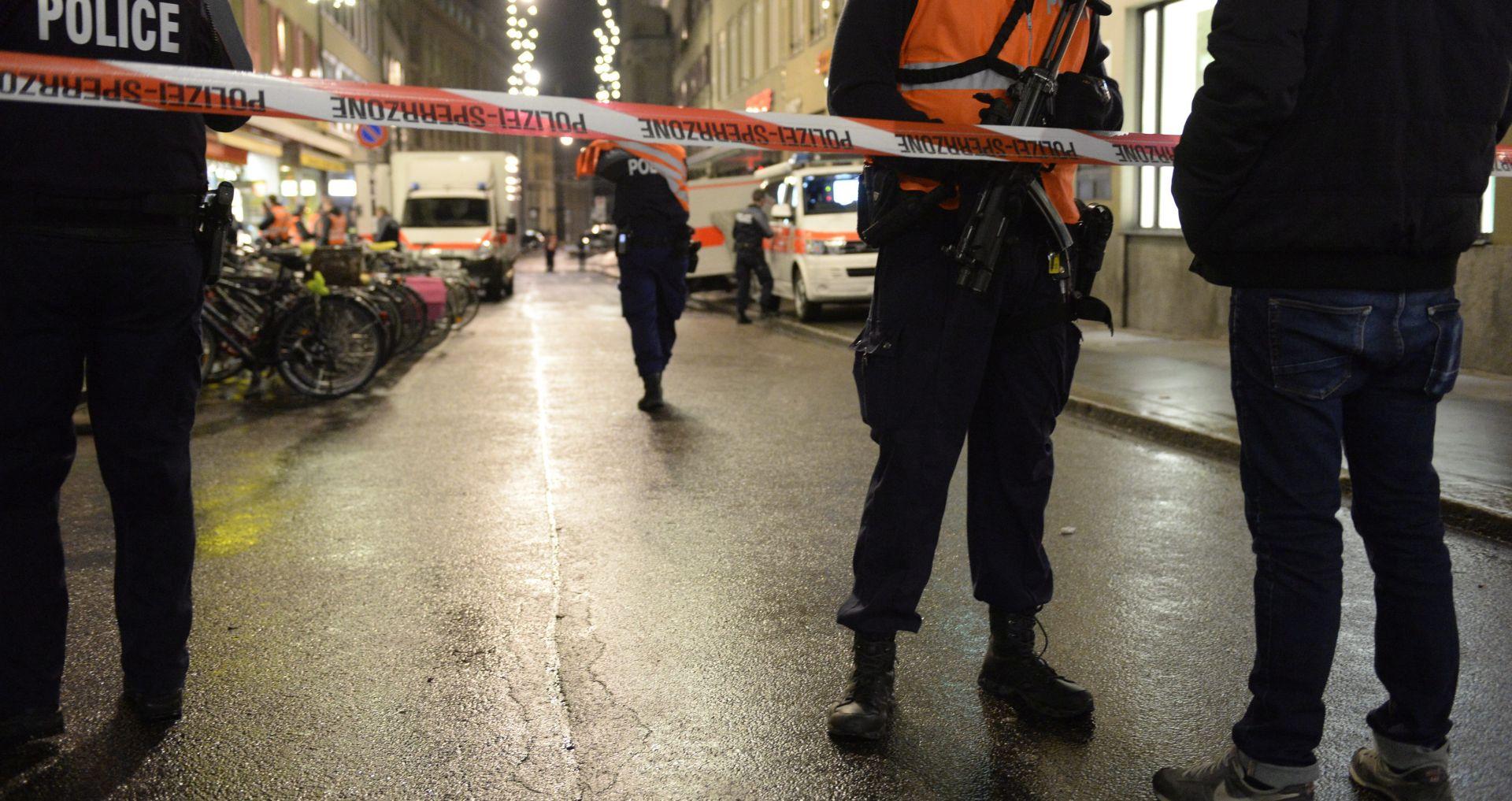 PUCNJAVA U BASELU: Dvoje mrtvih, jedan teško ranjen