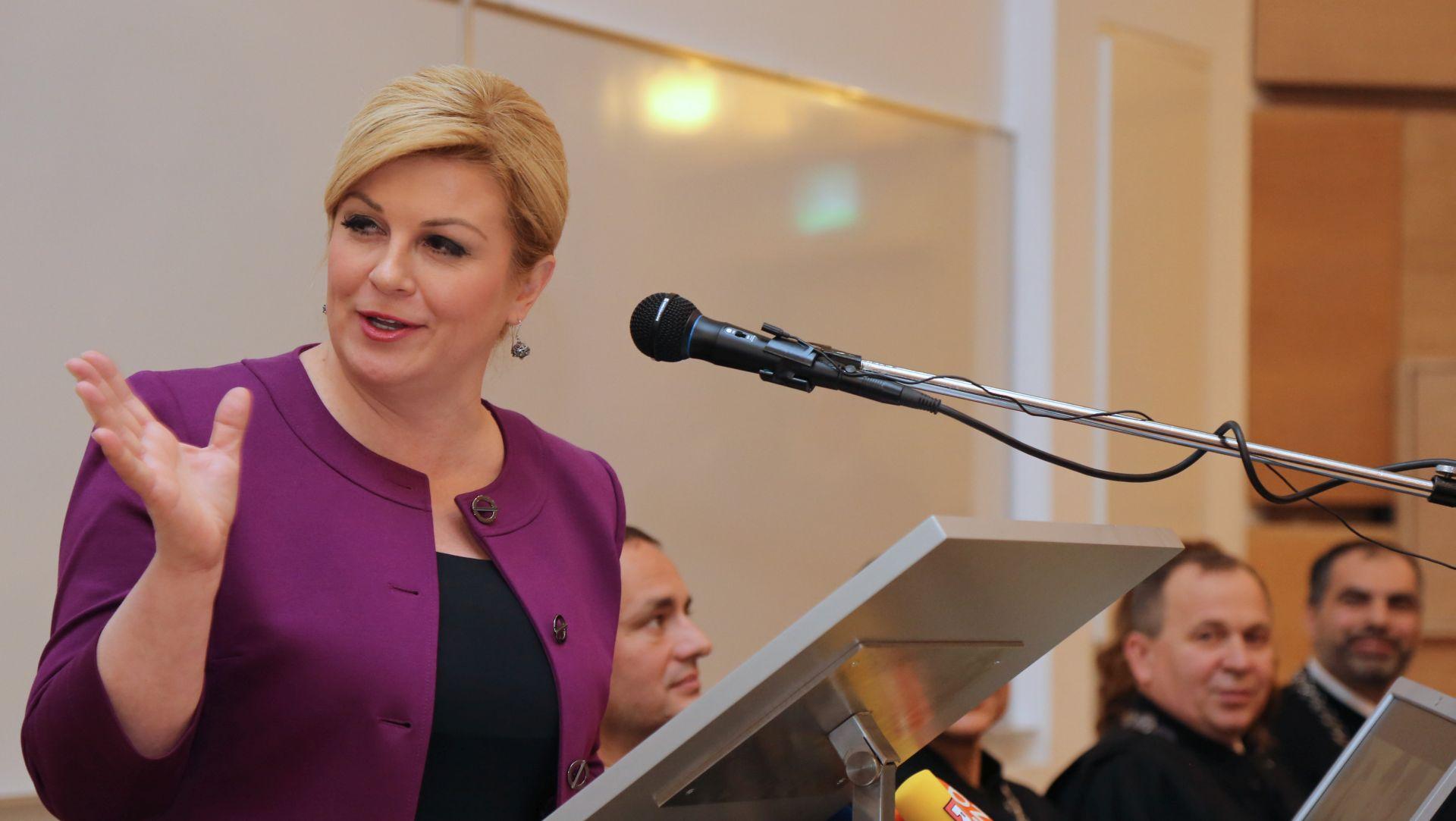 Predsjednica Grabar-Kitarović čestitala blagdan Hanuke
