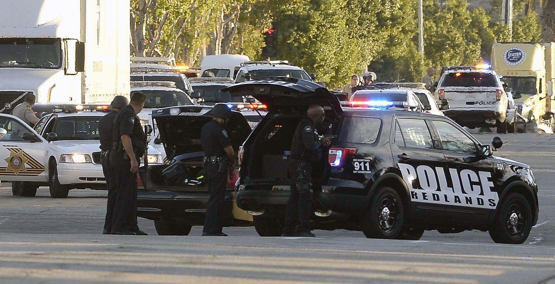 RACIJE U AMERICI Policija uhitila tri osobe povezane s napadom na San Bernardino