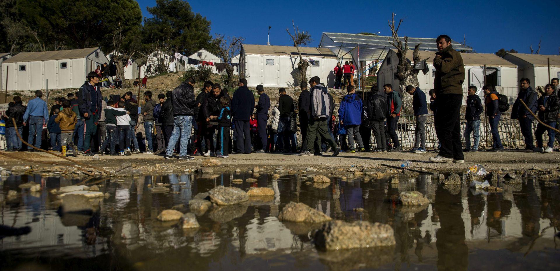 UNHCR: 2015. će možda biti rekordna po broju izbjeglica i raseljenih