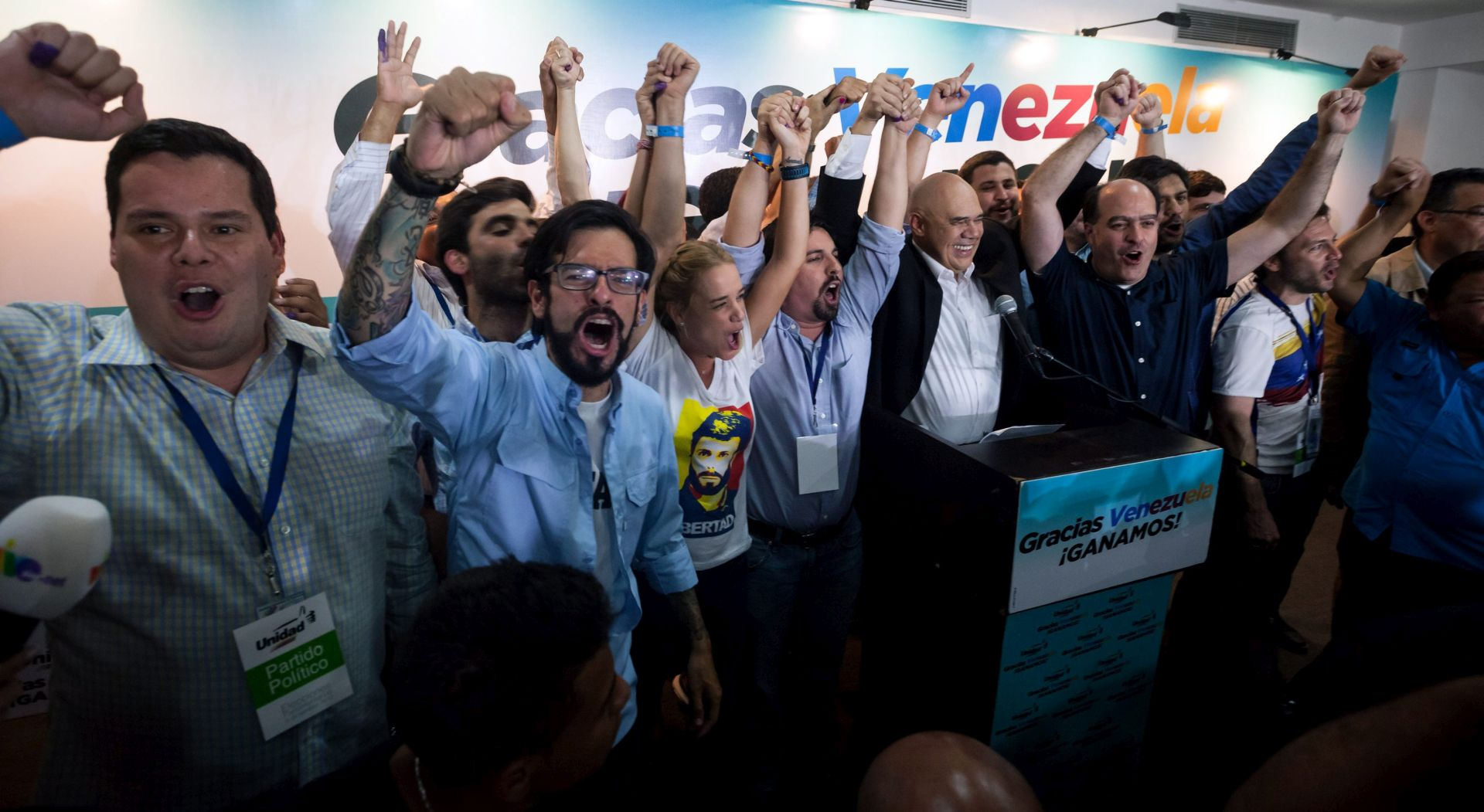 Izbori u Venezueli: Oporba osvojila većinu u parlamentu