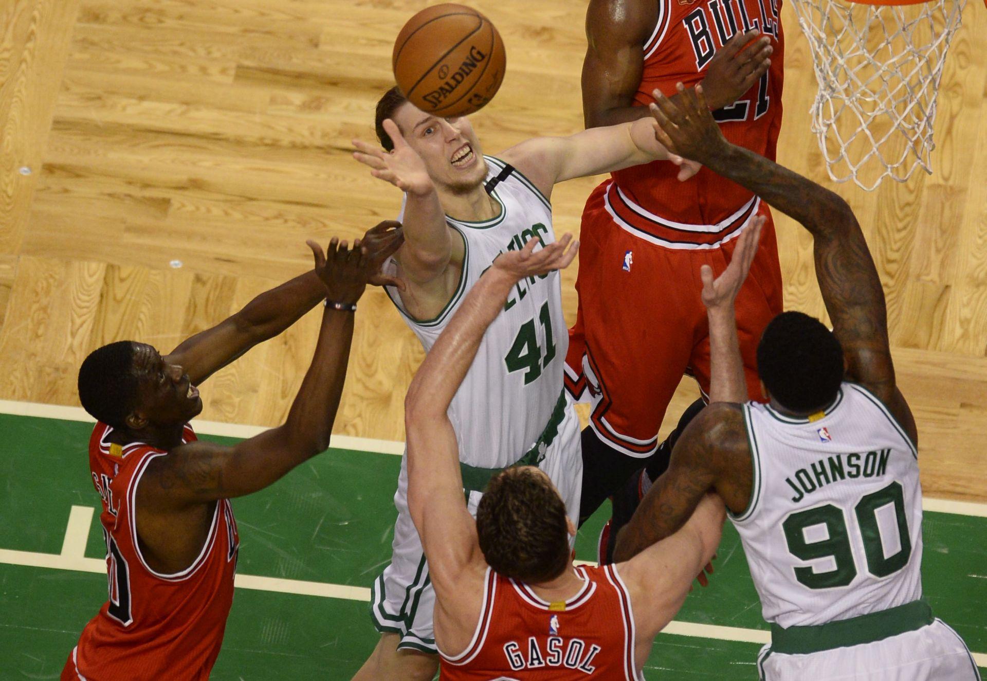 NBA Poraz Orlanda, Hezonja zabio tri koša za osam minuta na parketu