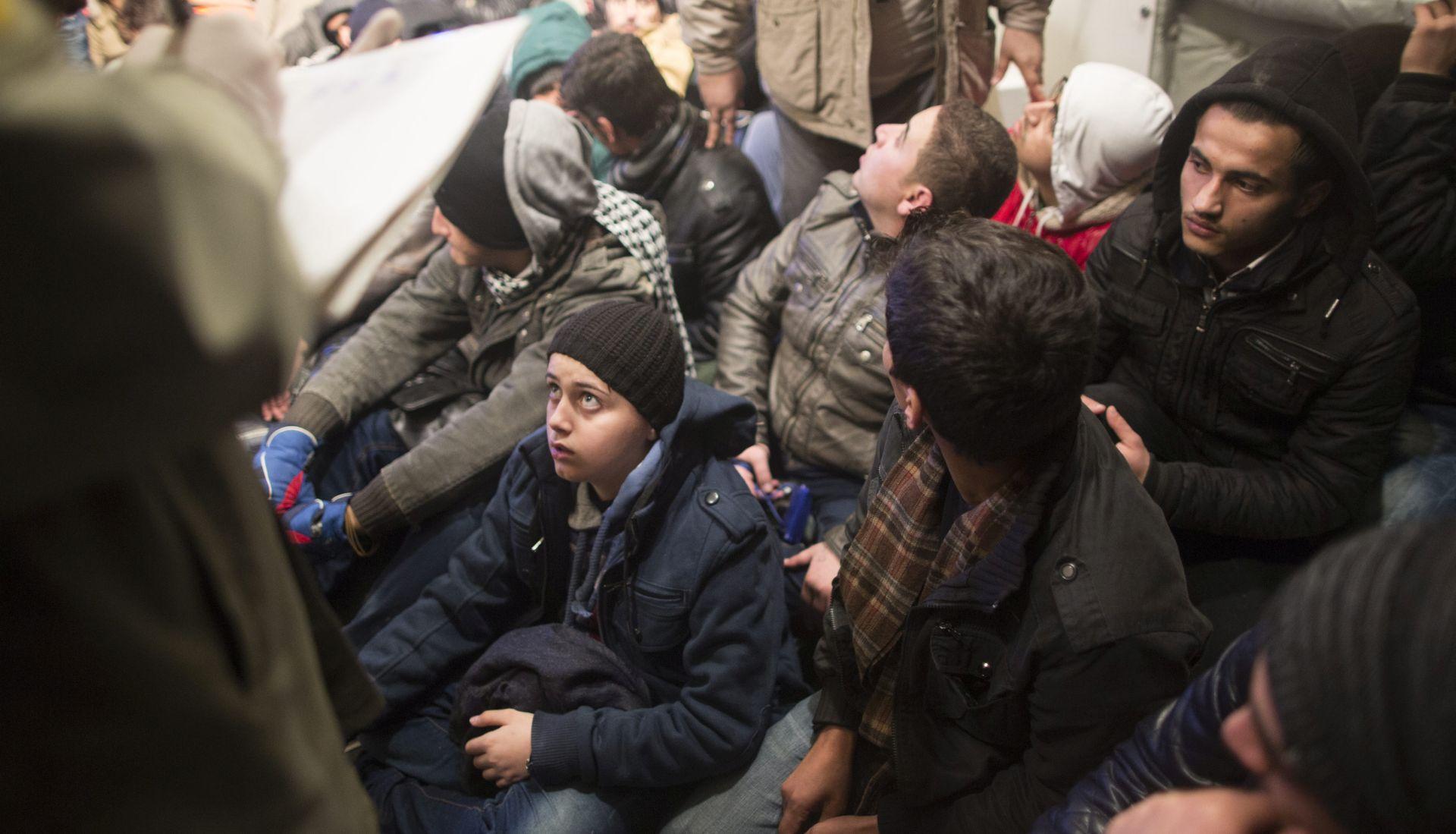 AMNESTY INTERNATIONAL Turska prisilno vraća izbjeglice u ratnu zonu