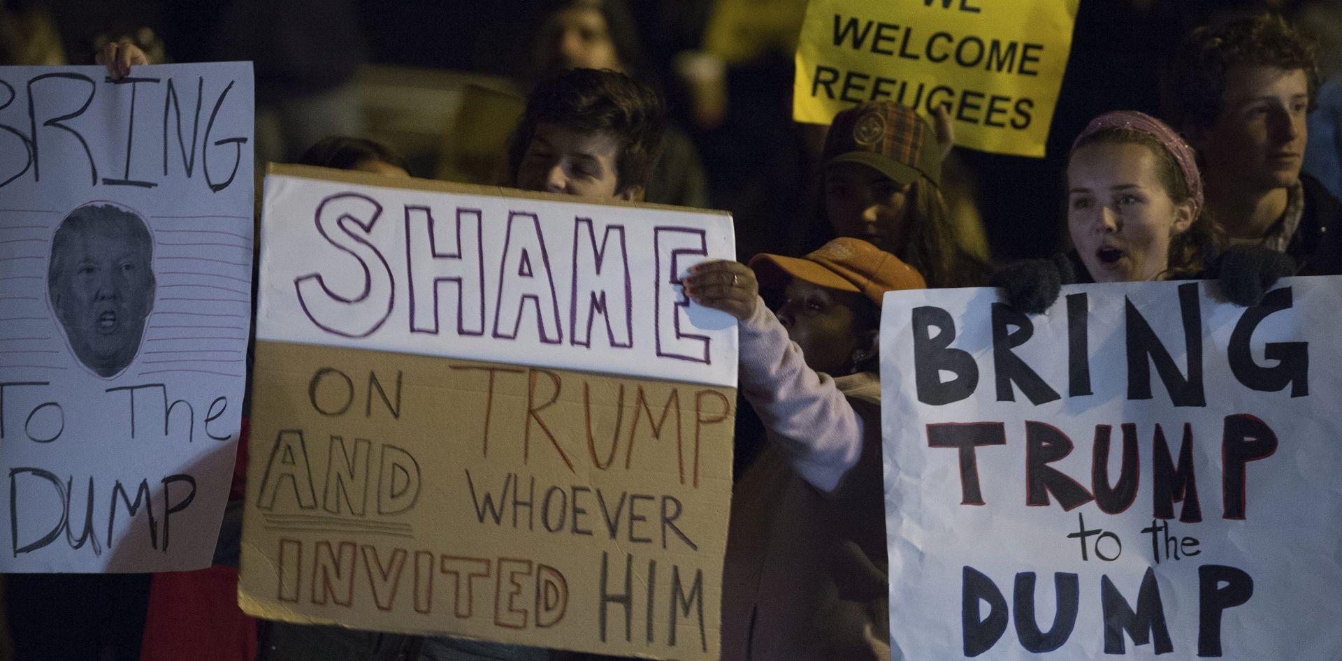 PROSVJEDI PRED TRUMPOVIM HOTELOM Većina Amerikanaca ne slaže se s Trumpovom izjavom o muslimanima