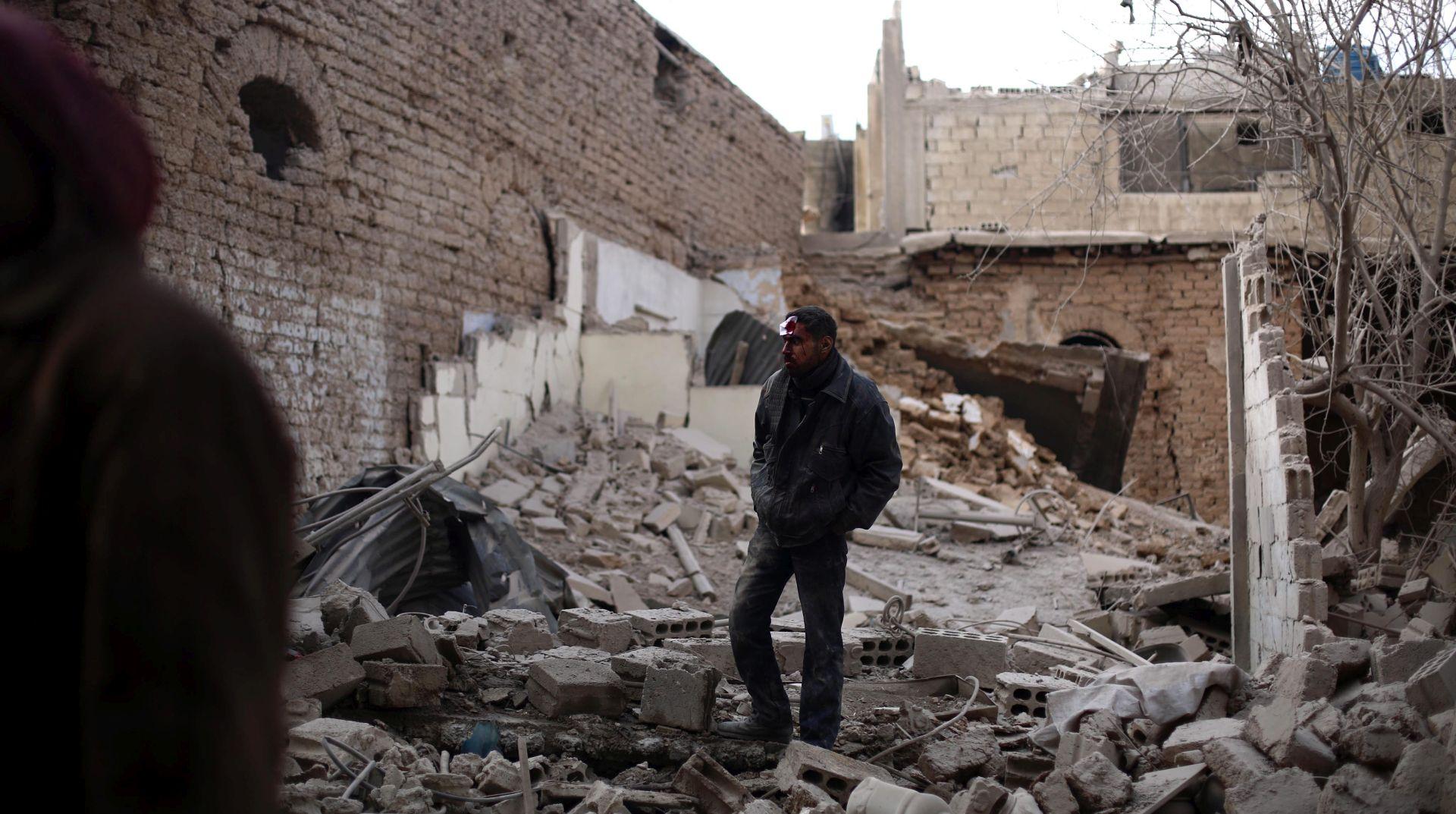 U bombardiranju blizu Damaska ubijeno najmanje 45 civila