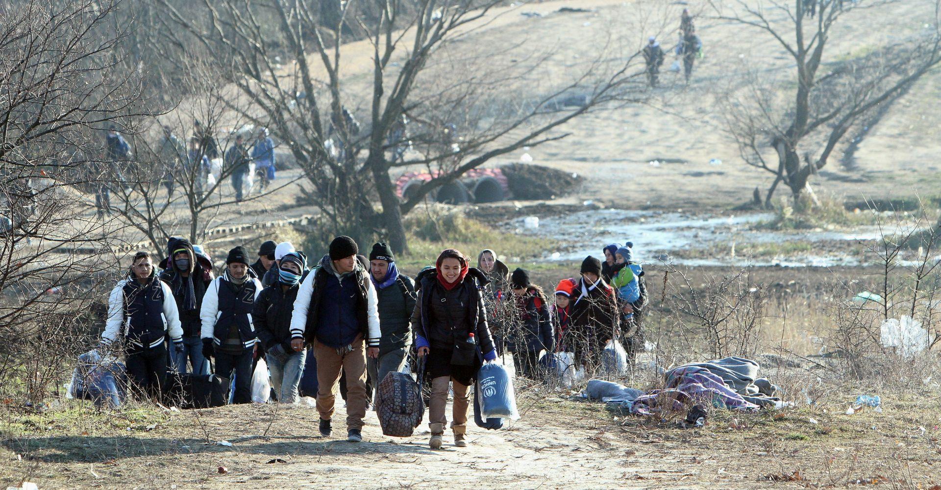 Njemačke savezne države potrošit će za izbjeglice 2016. 17 milijarda eura