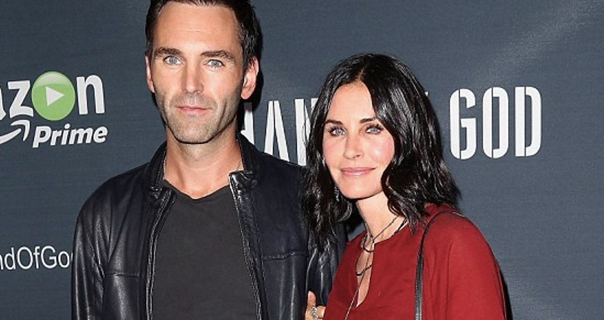 VIDEO: Glumica Courteney Cox raskinula zaruke?