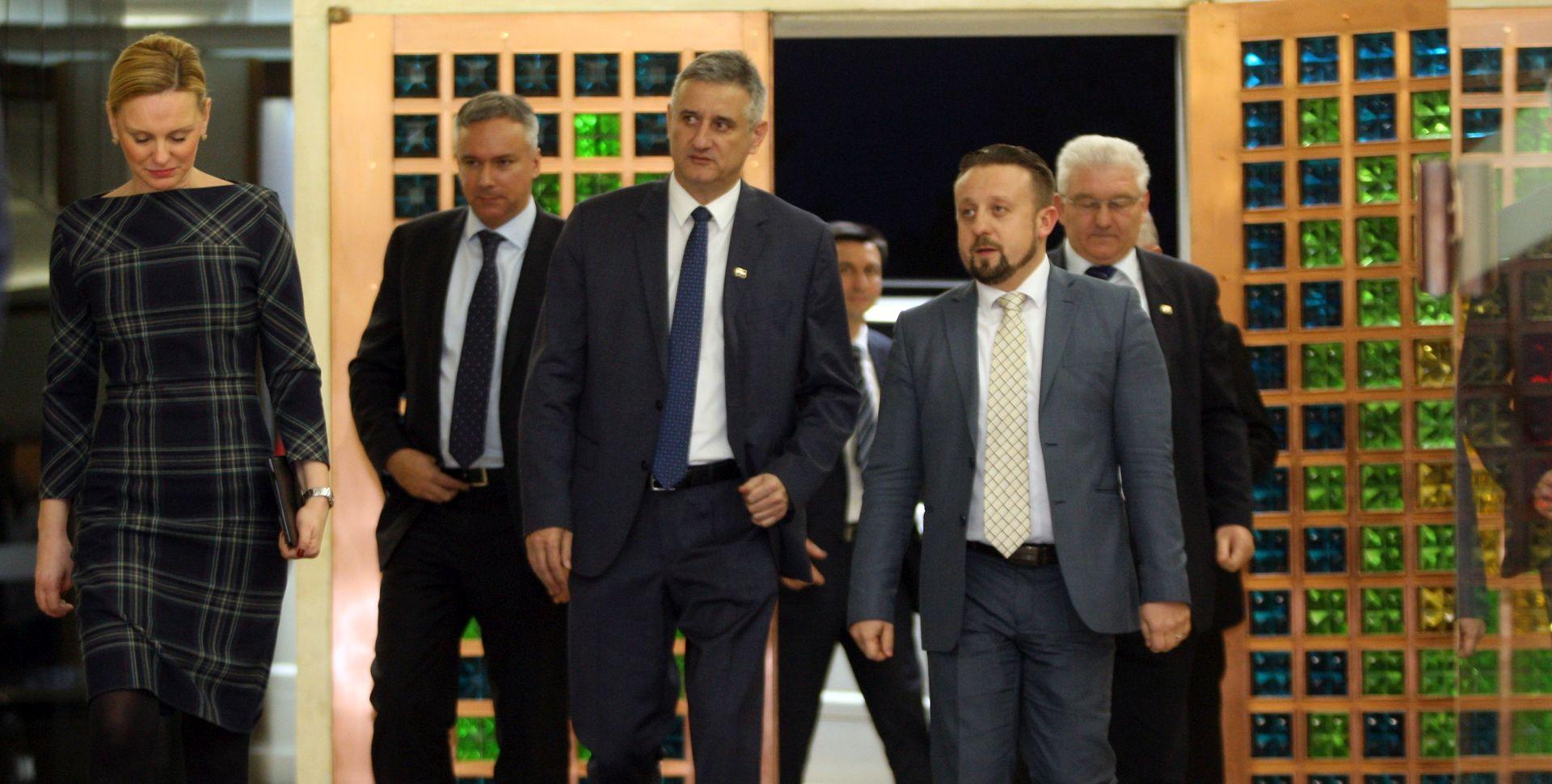 NAKON KONZULTACIJA Karamarko: Domoljubna koalicija će s Mostom imati više nego dovoljno potpisa