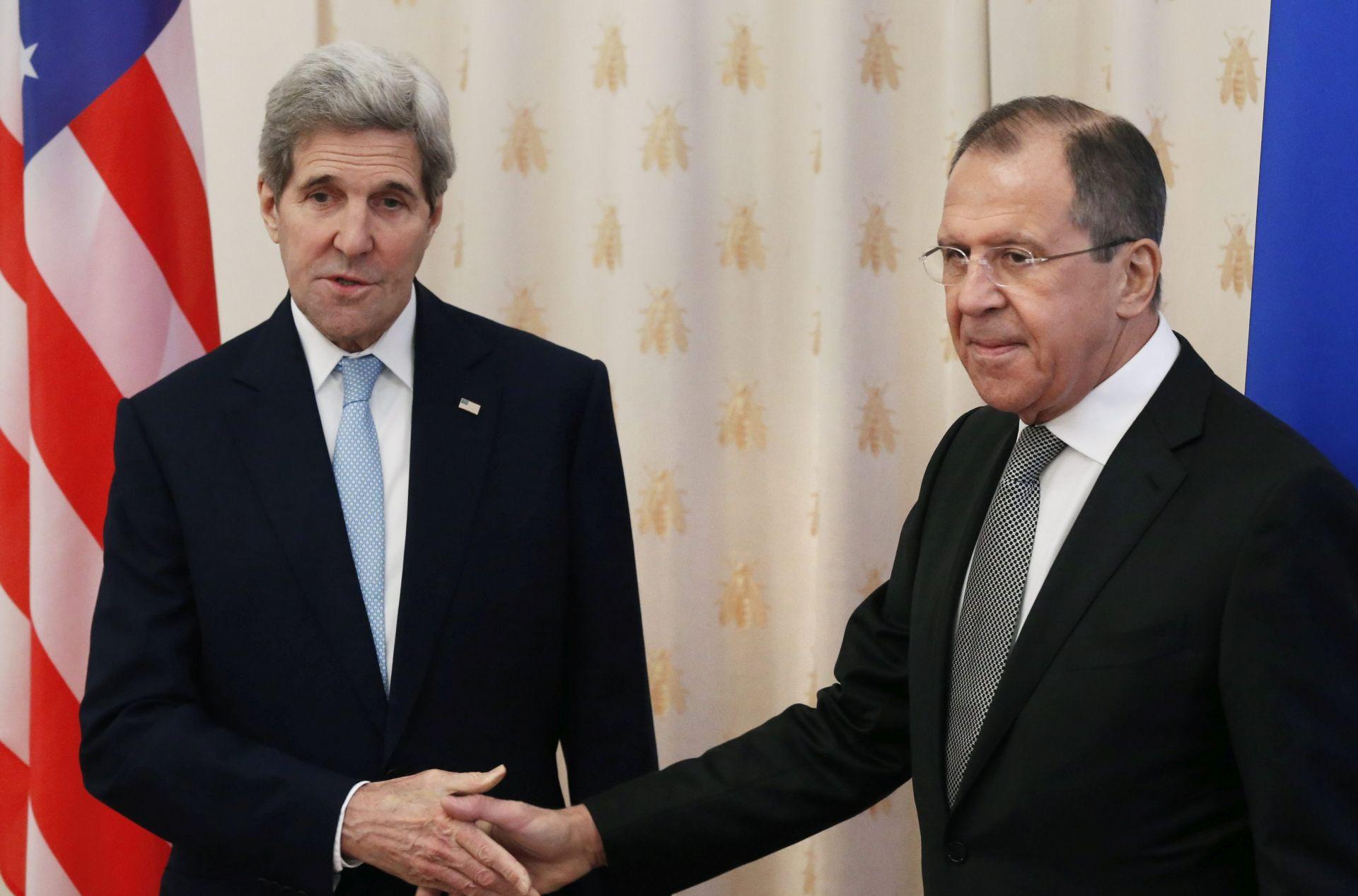 Moskva: Lavrov i Kerry odali počast žrtvama u Nici