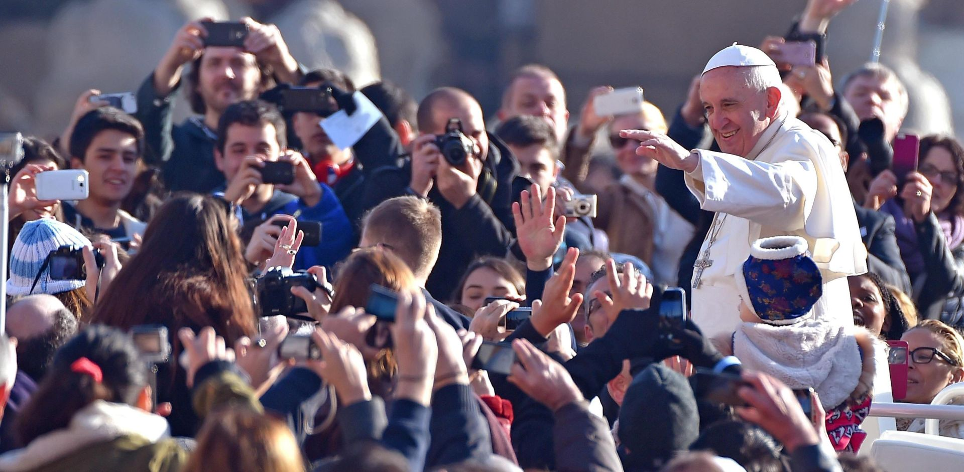 NEOČEKIVANA IZJAVA: Papa priznaje da je grešnik