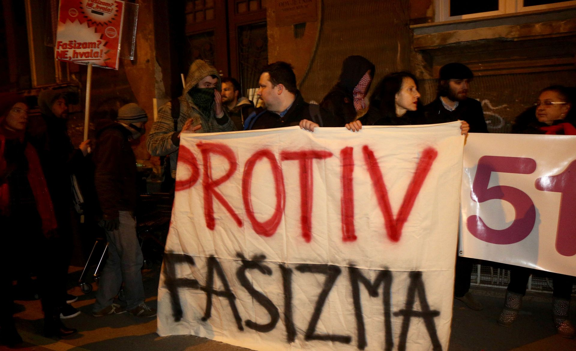 RADNIČKA FRONTA: Održan prosvjed zbog misa zadušnica za Pavelića